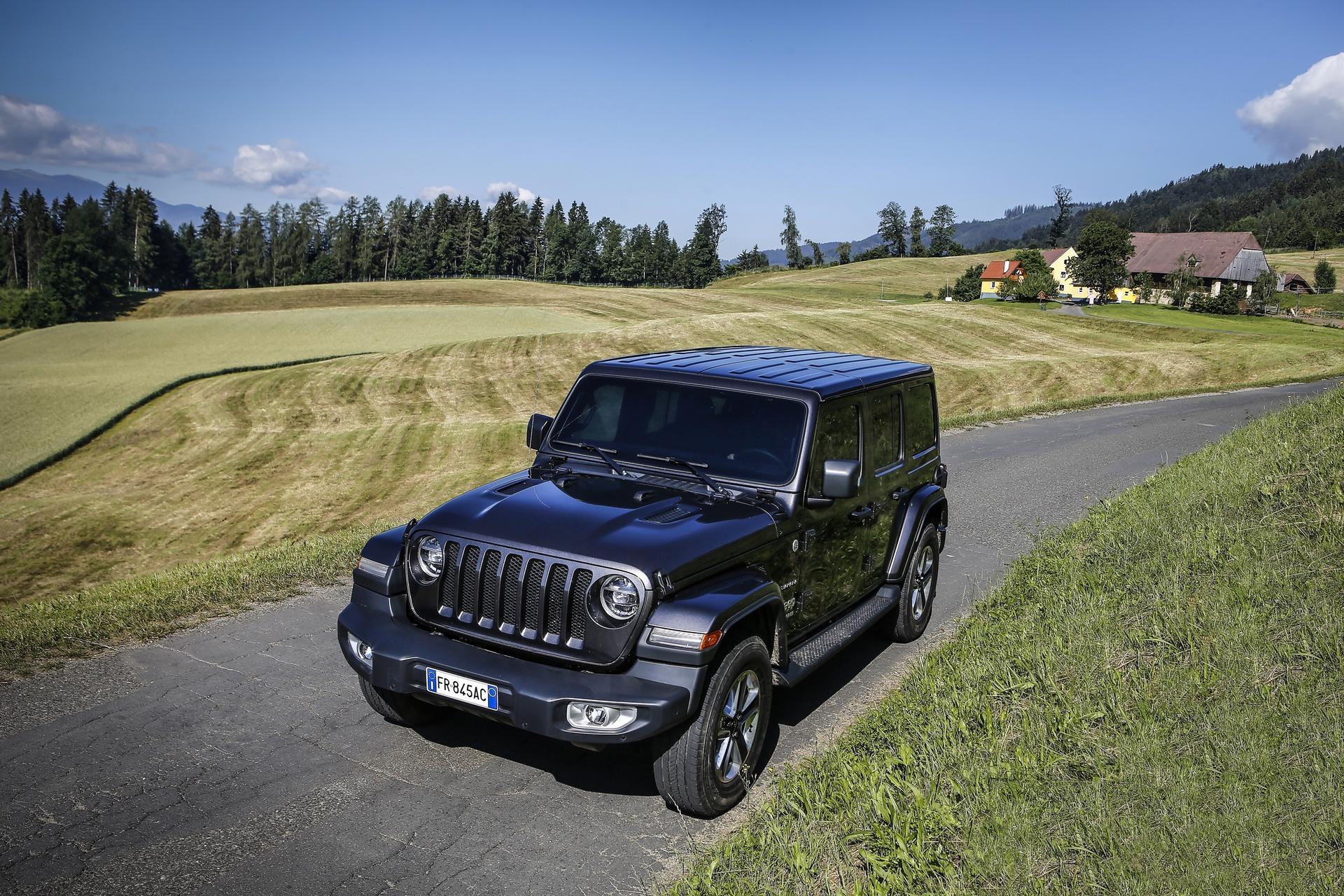 2018_Jeep_Wrangler_0050