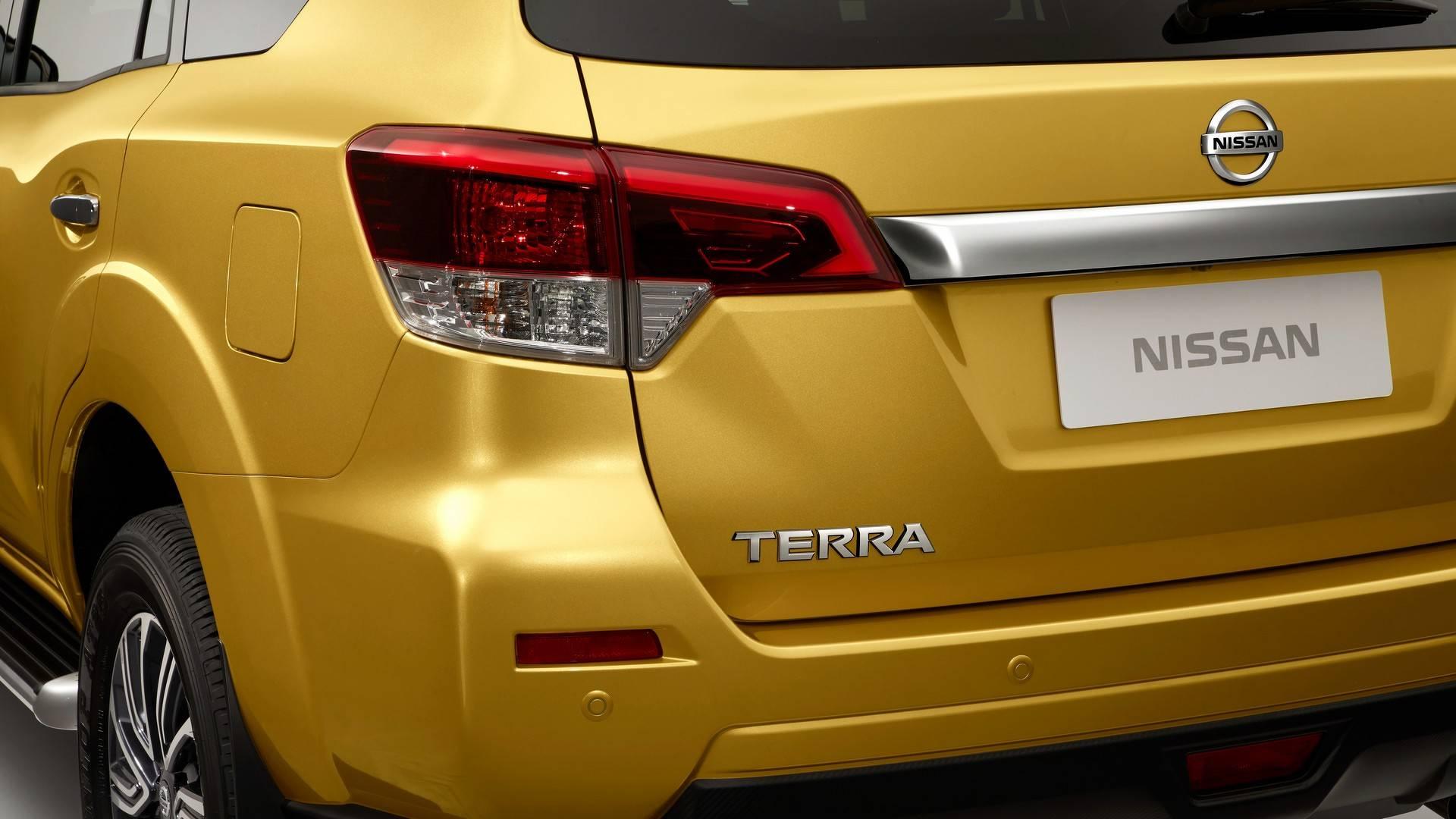 2018_Nissan_Terra_3