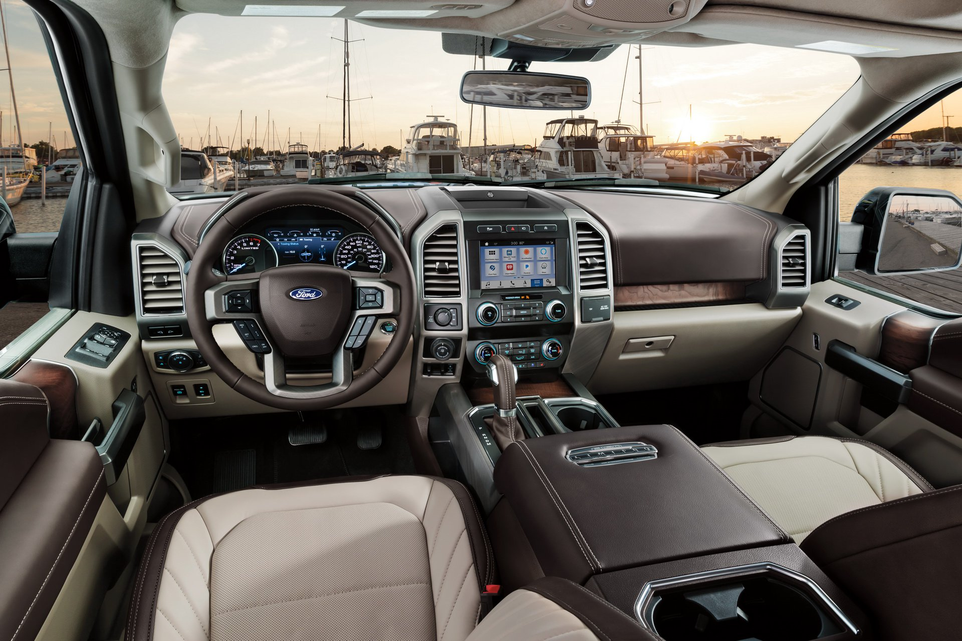 2019_Ford_F-150_Limited_0003