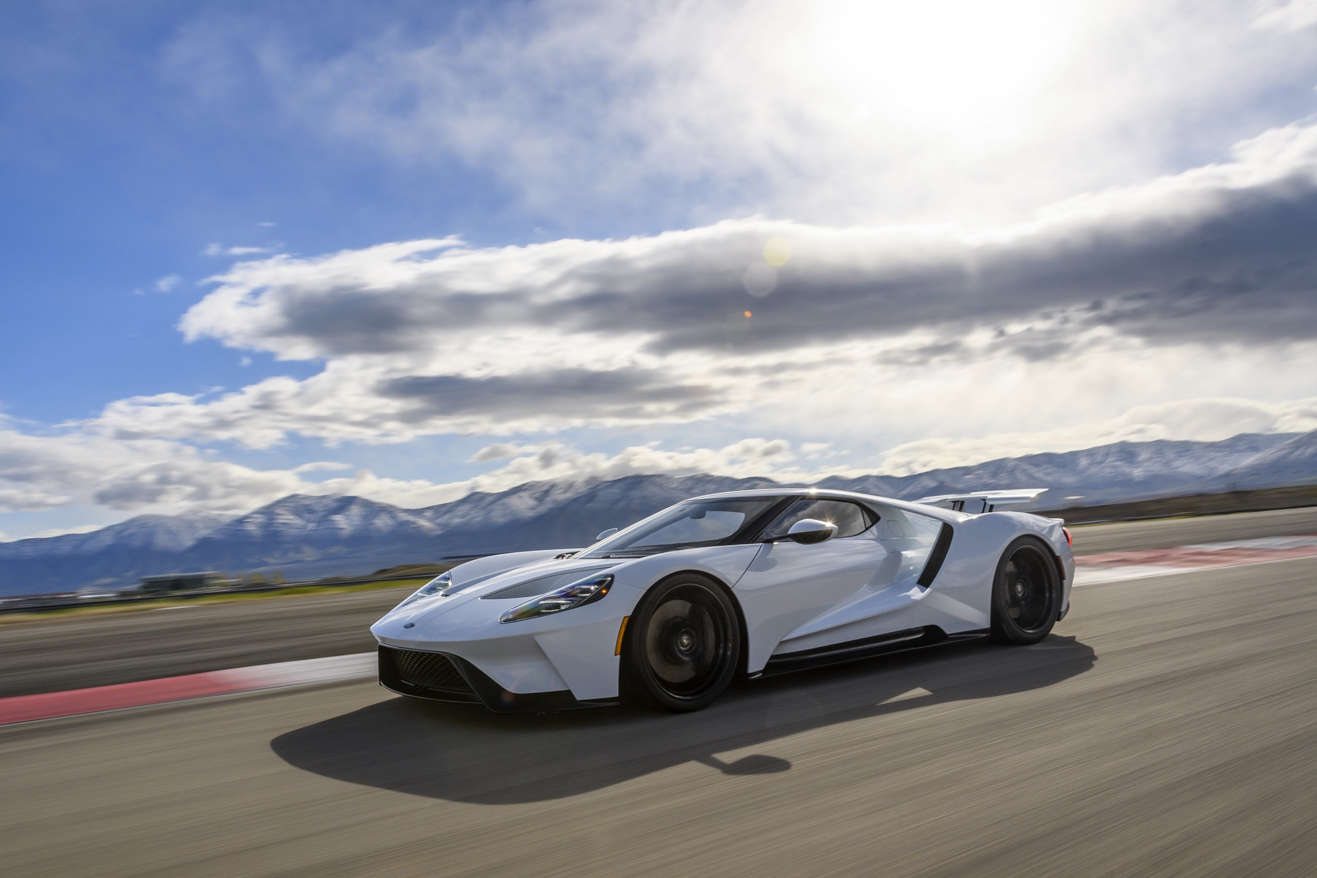Ford_GT_0001