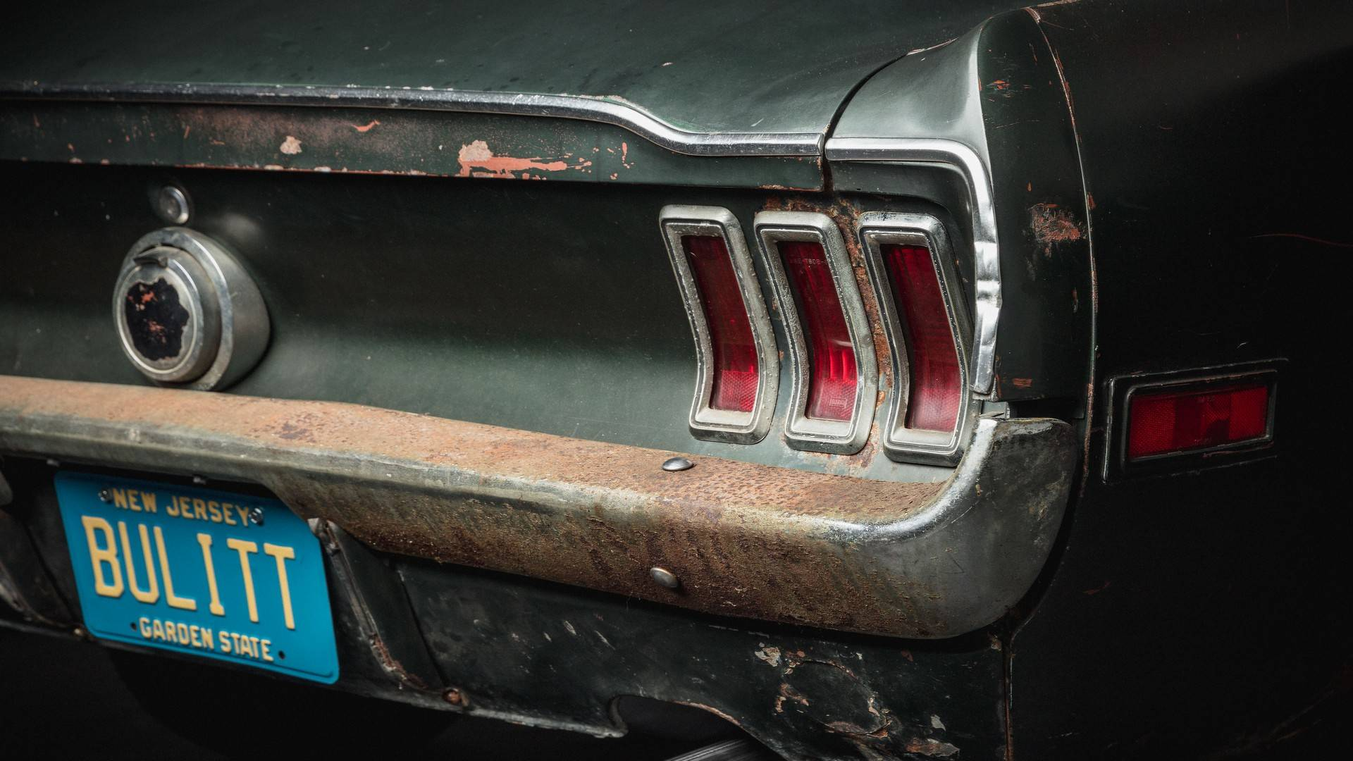 1968_Ford_Mustang_Bullit_original_movie_car_0012