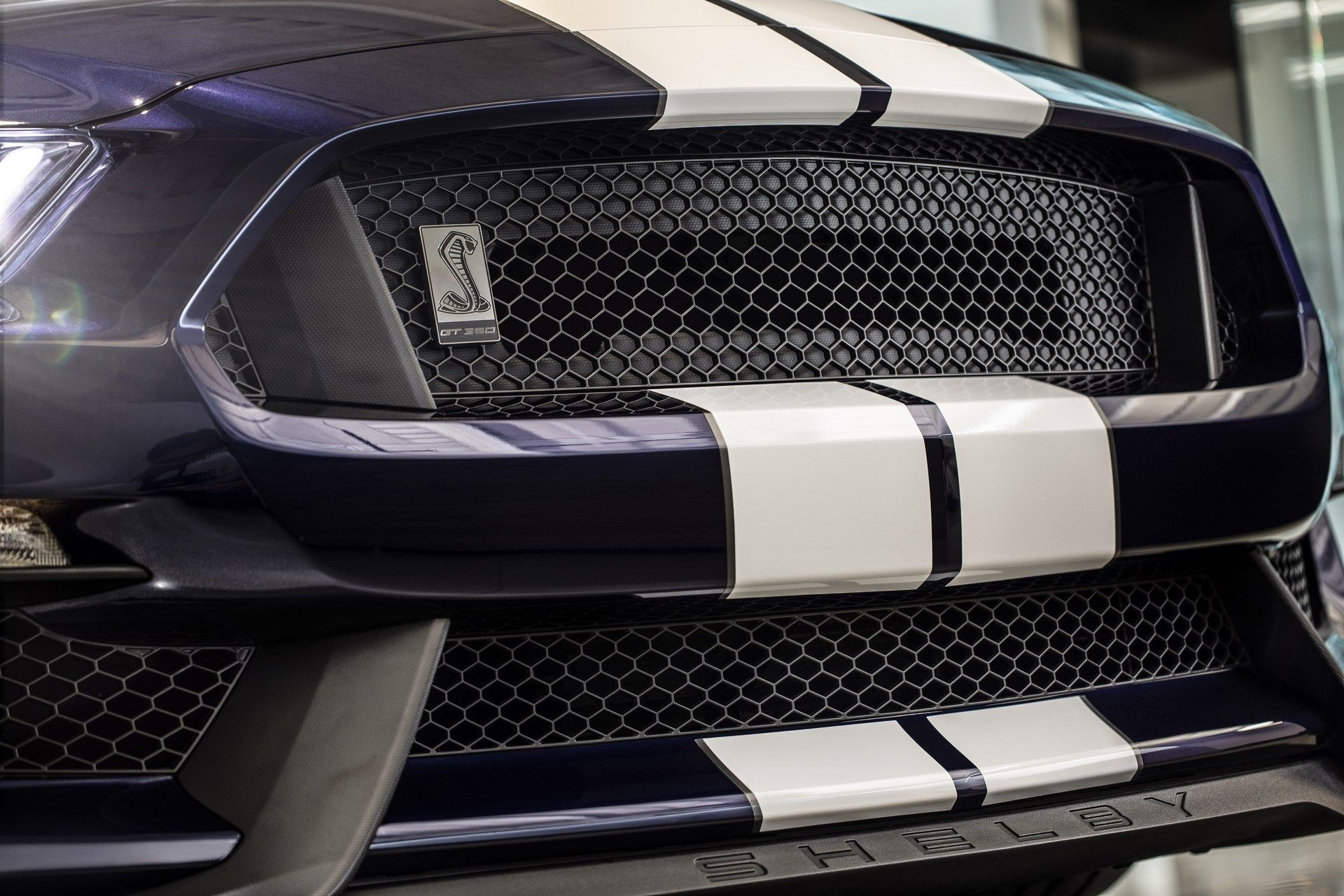 2019_Ford_Mustang_Shelby_GT350_0008