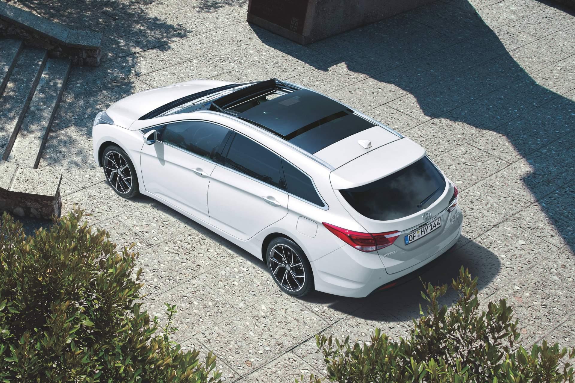 2019_Hyundai_i40_facelift–04