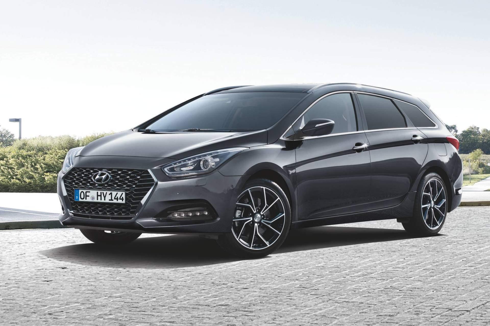 2019_Hyundai_i40_facelift–11