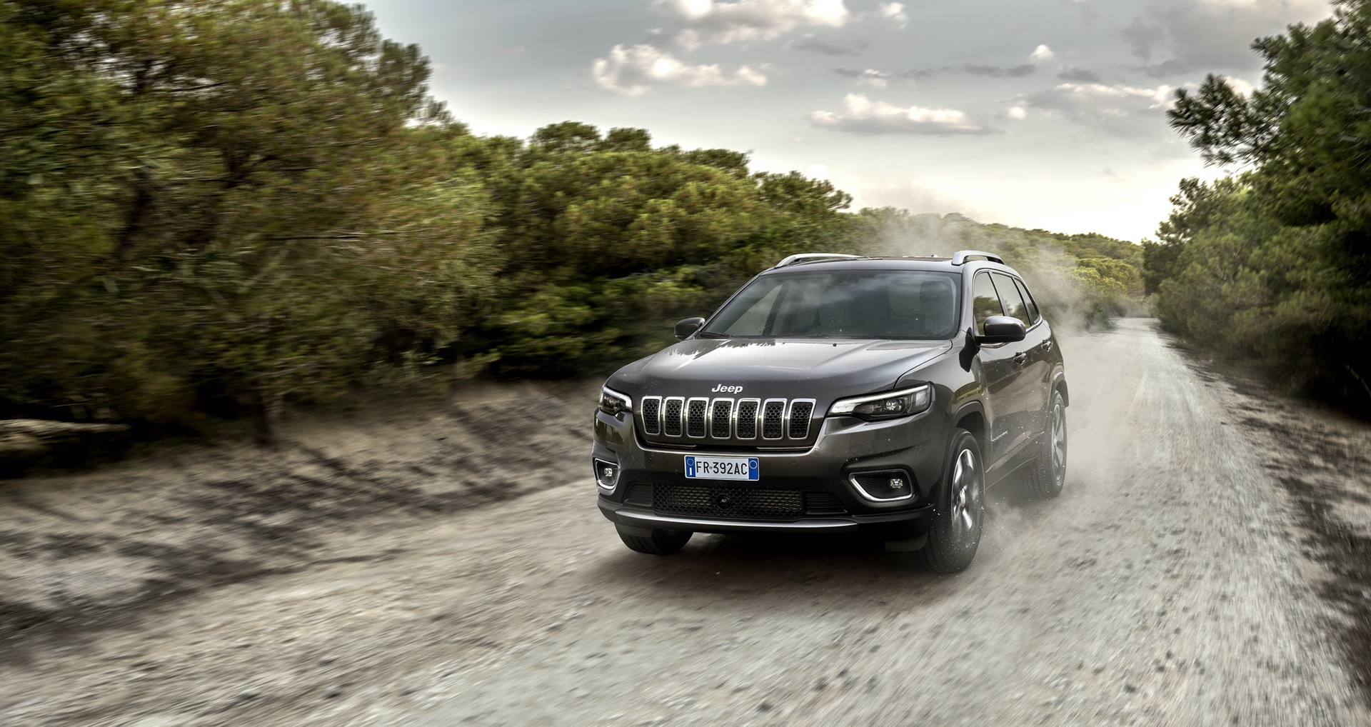 180906_Jeep_New-Cherokee-Limited_01