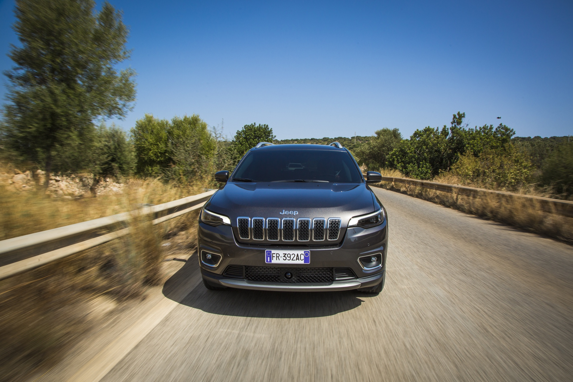 180906_Jeep_New-Cherokee-Limited_03