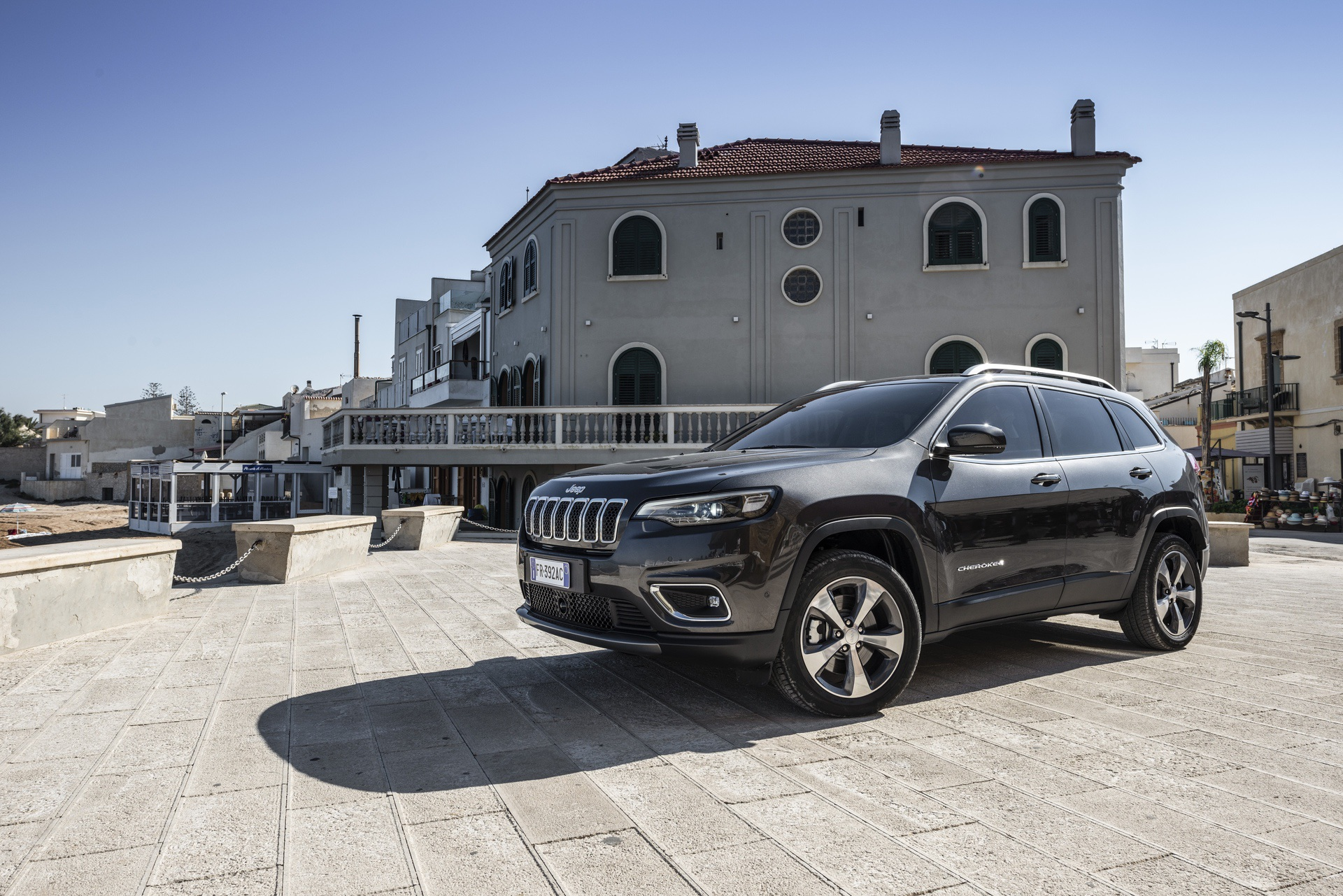 180906_Jeep_New-Cherokee-Limited_04