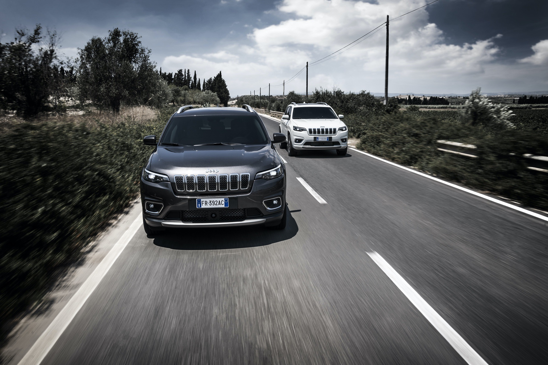 180906_Jeep_New-Cherokee-line-up_02