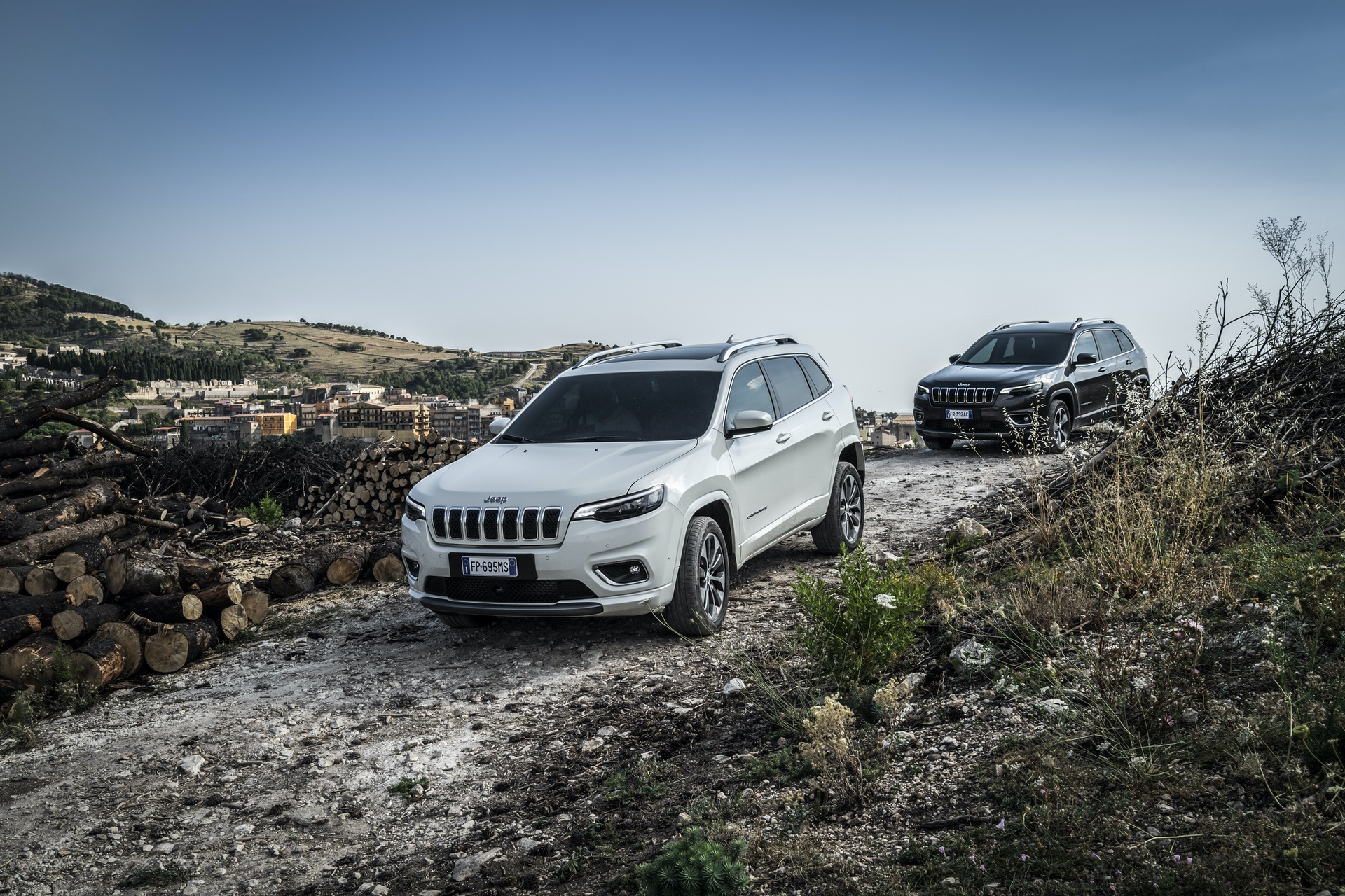 180906_Jeep_New-Cherokee-line-up_03