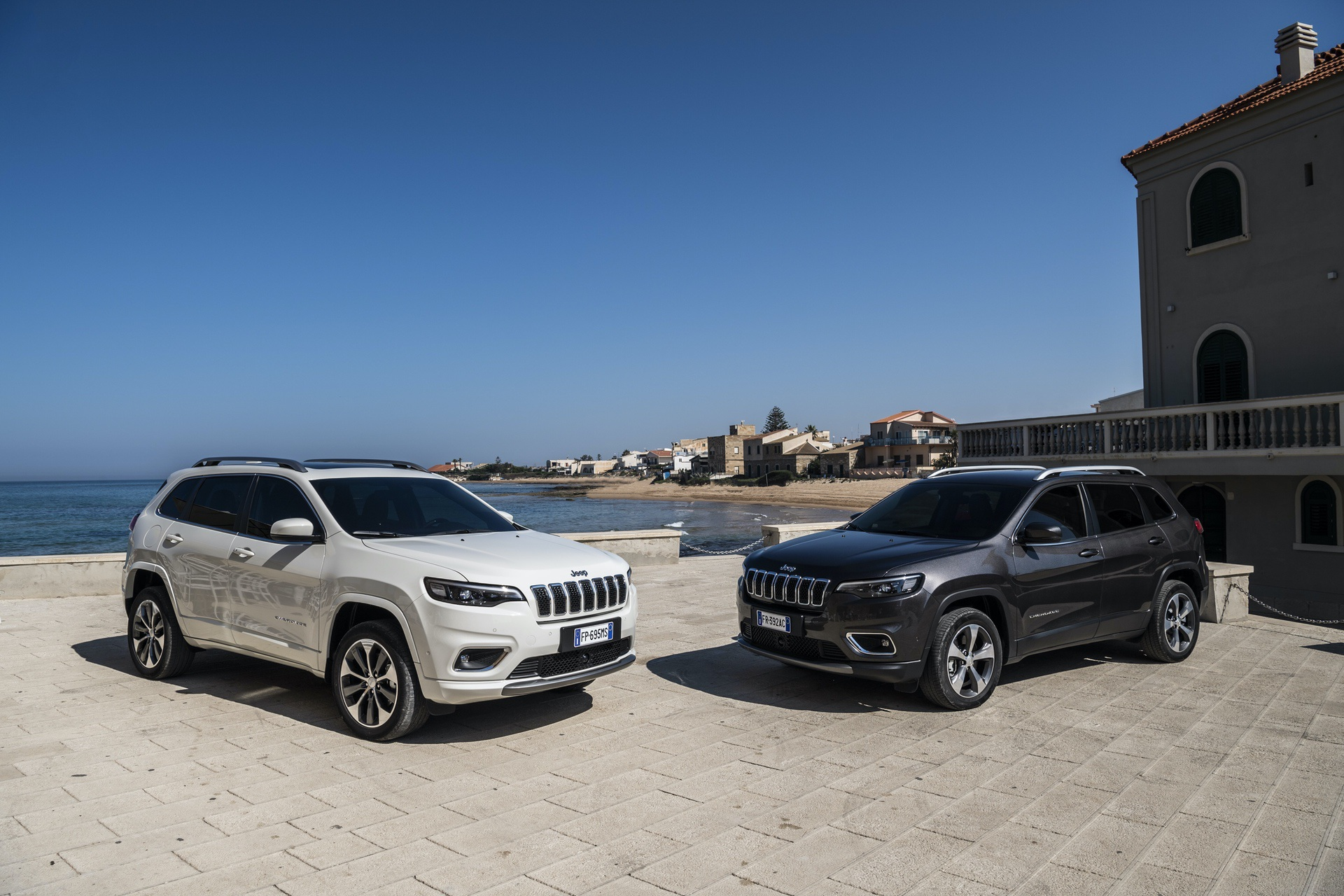 180906_Jeep_New-Cherokee-line-up_05
