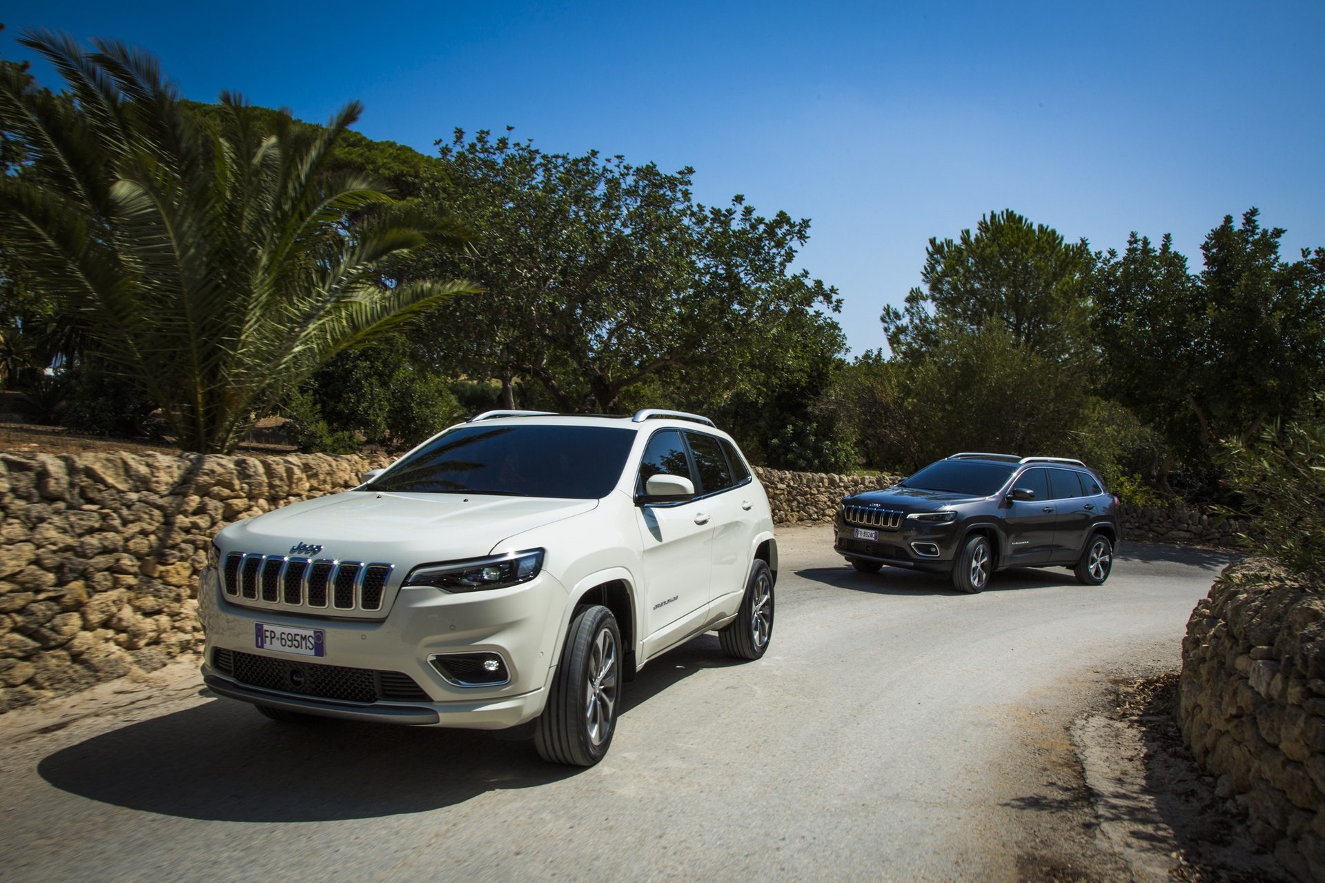 180906_Jeep_New-Cherokee-line-up_07