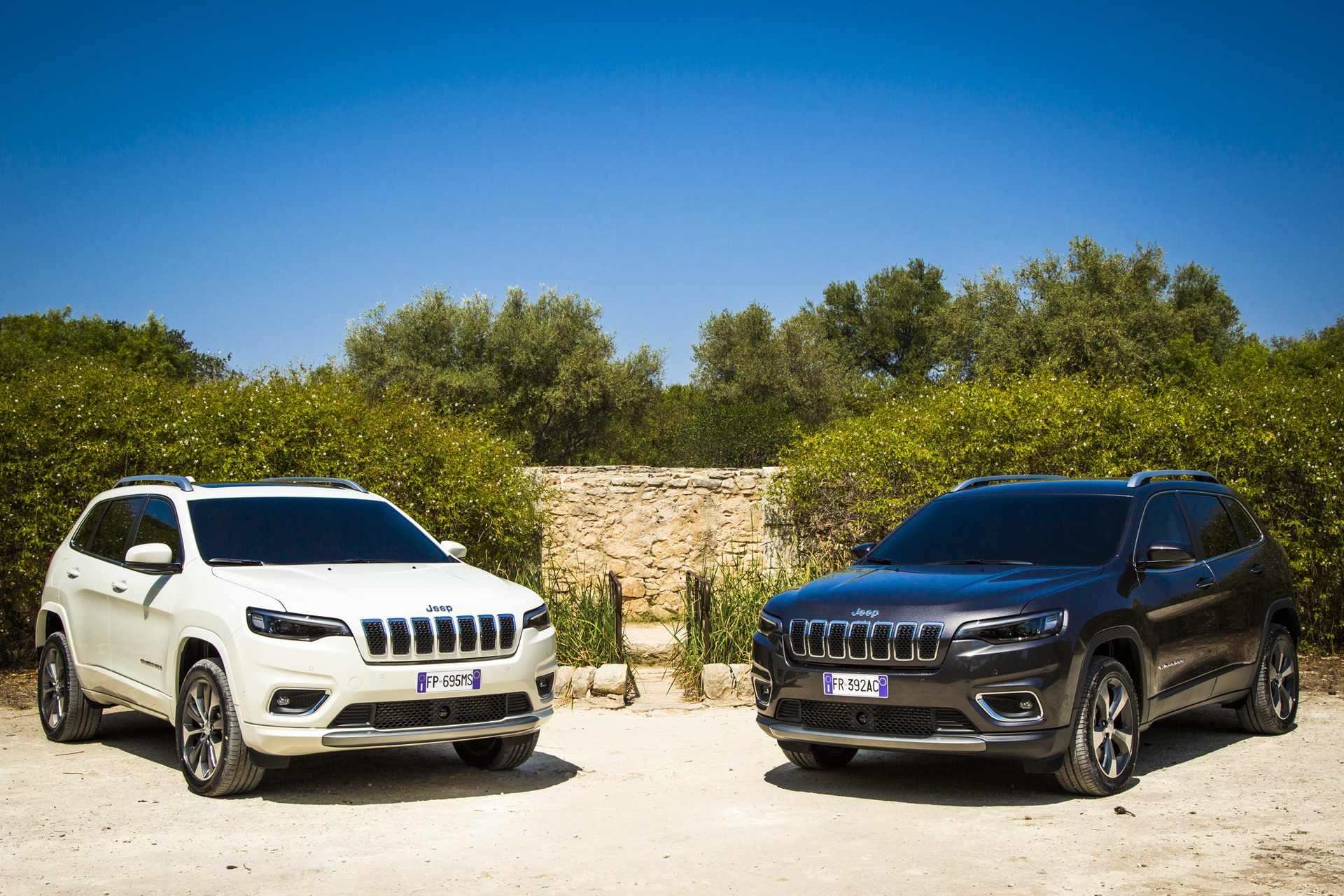180906_Jeep_New-Cherokee-line-up_09