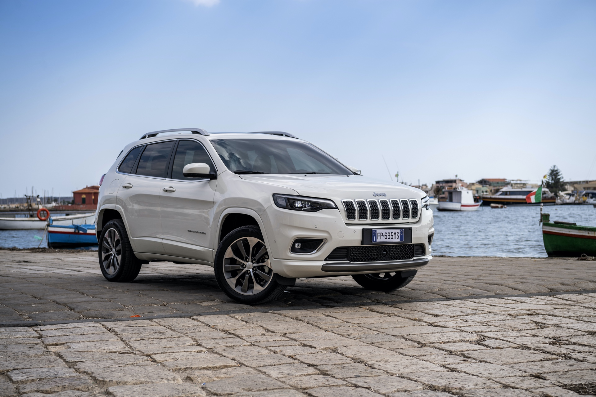 180906_Jeep_New_Cherokee-Overland_07