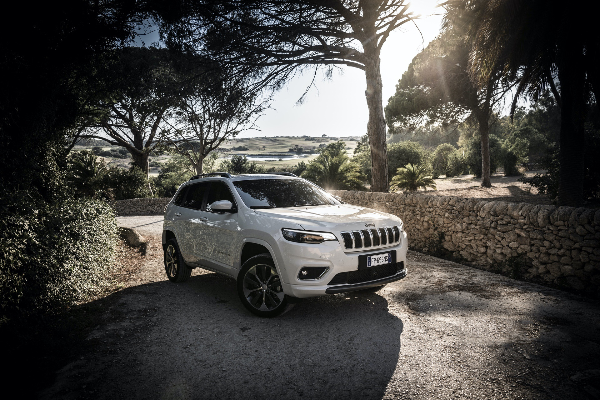 180906_Jeep_New_Cherokee-Overland_13