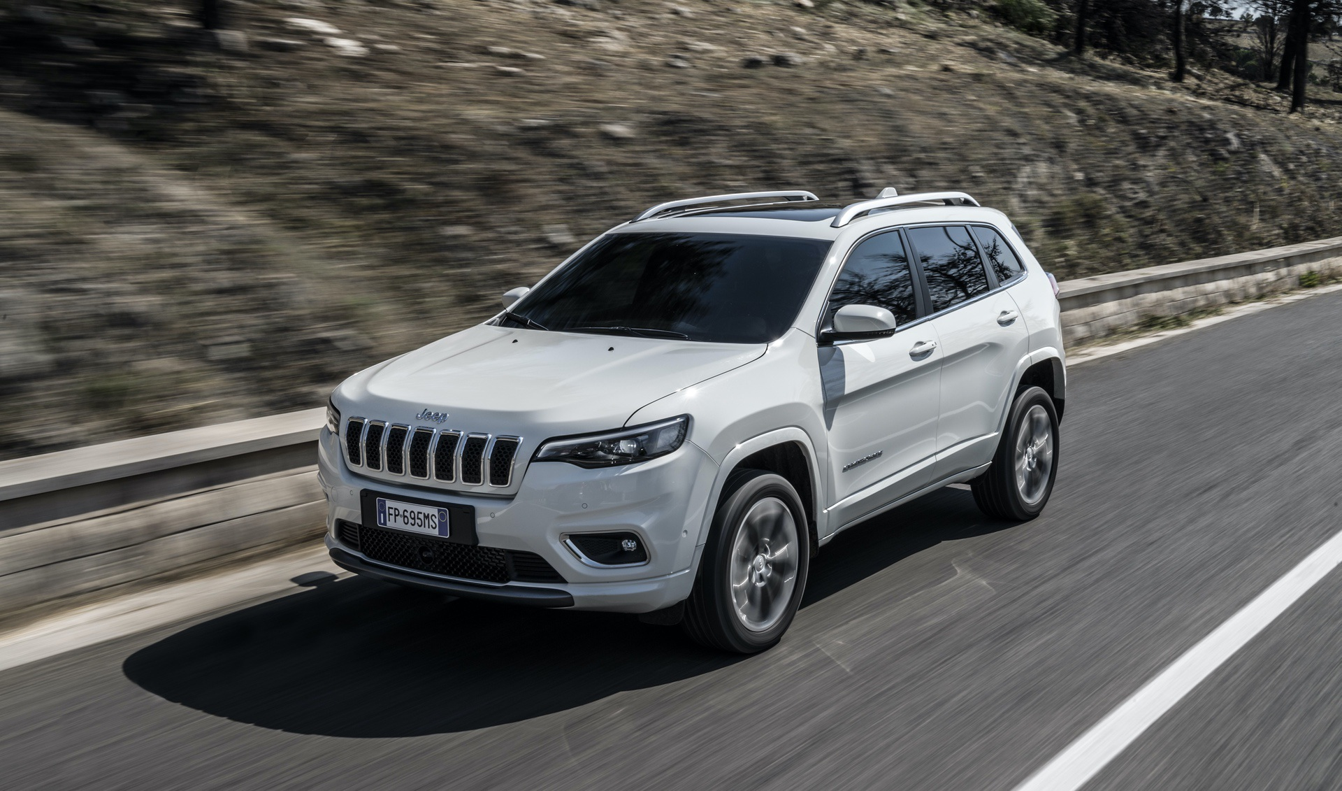 180906_Jeep_New_Cherokee-Overland_17