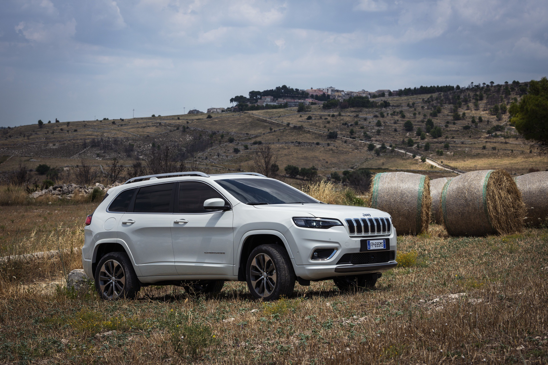 180906_Jeep_New_Cherokee-Overland_34