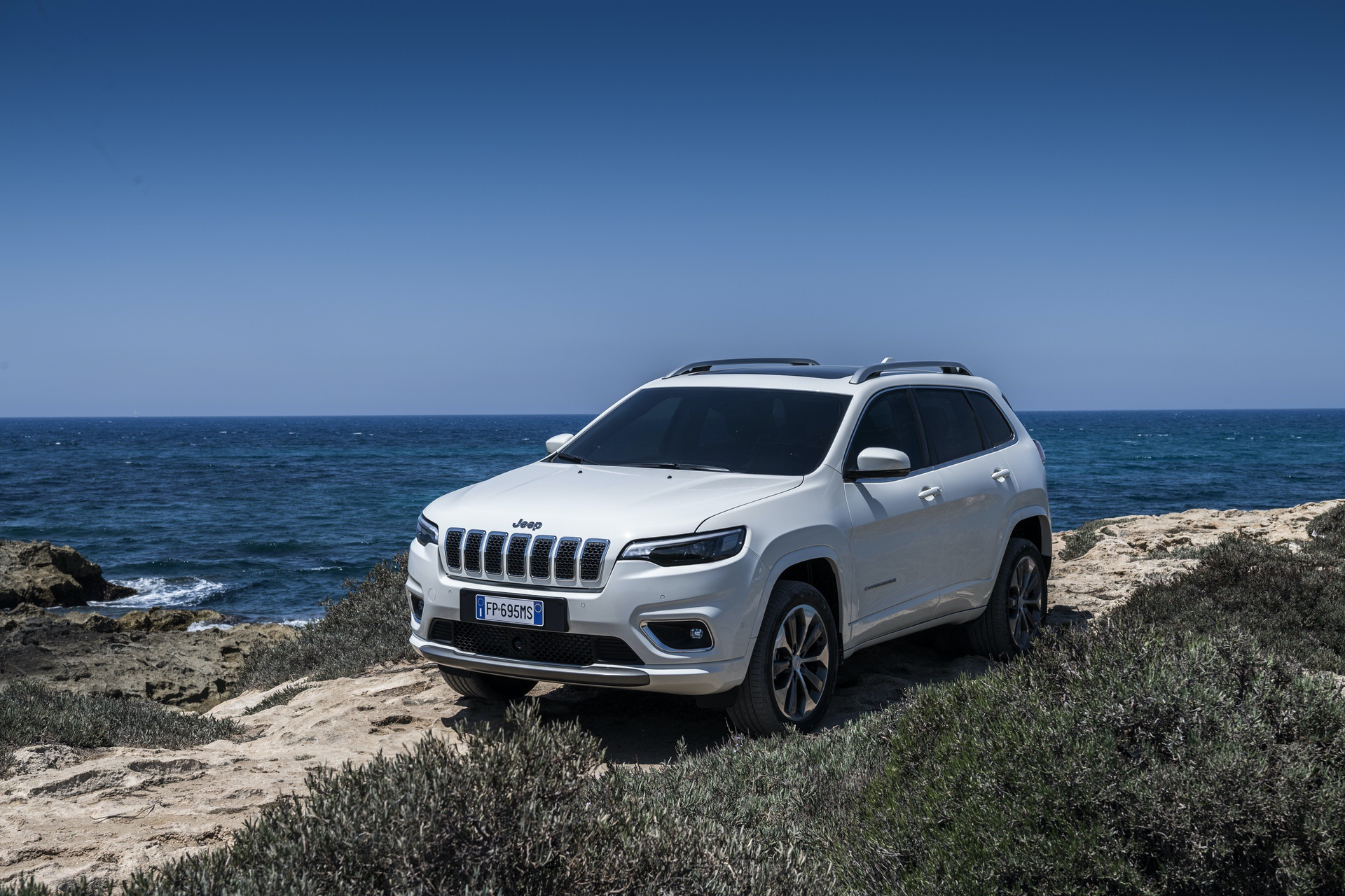 180906_Jeep_New_Cherokee-Overland_36