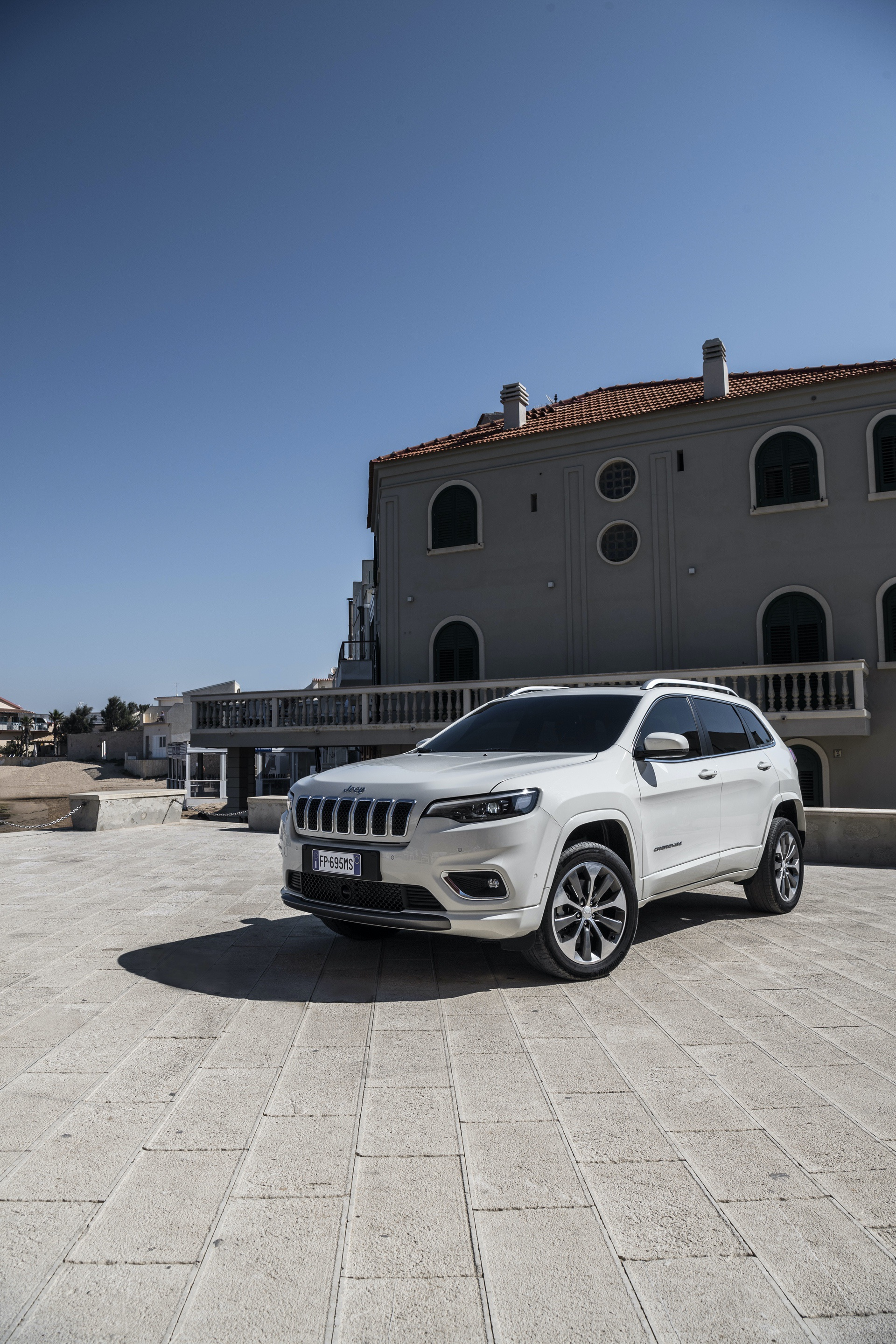 180906_Jeep_New_Cherokee-Overland_40
