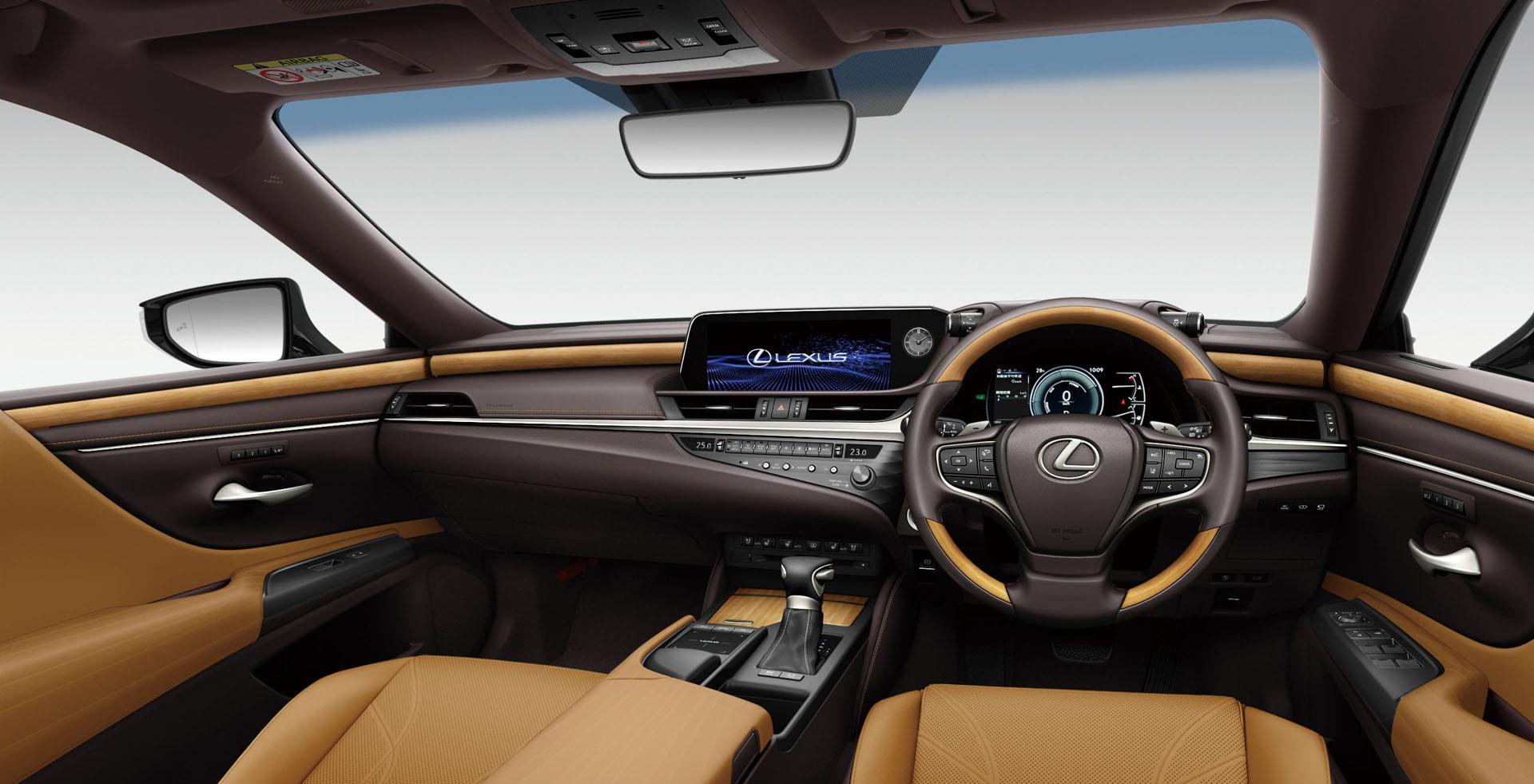 2019_Lexus_ES_0068