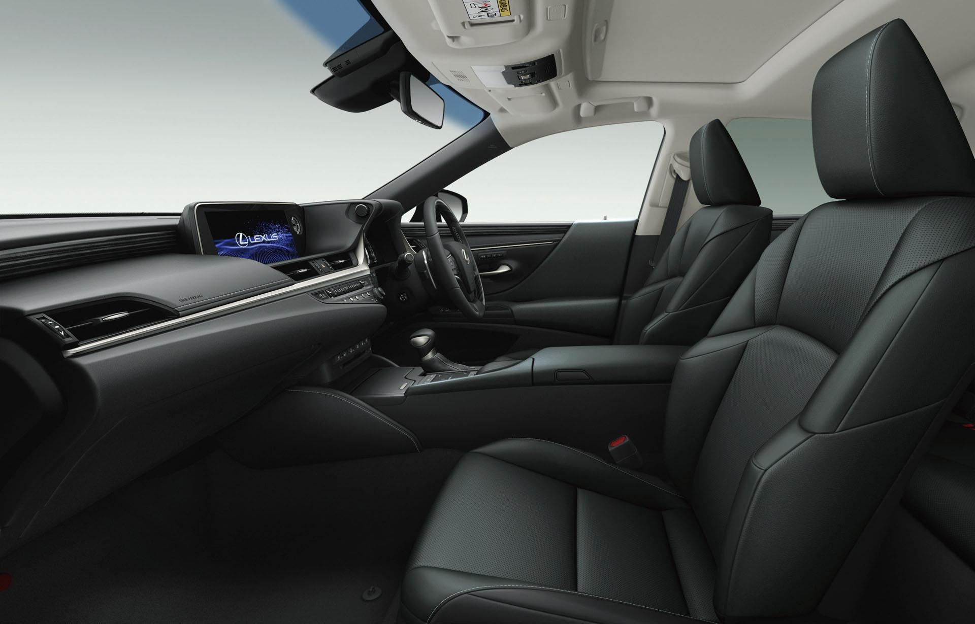 2019_Lexus_ES_0089