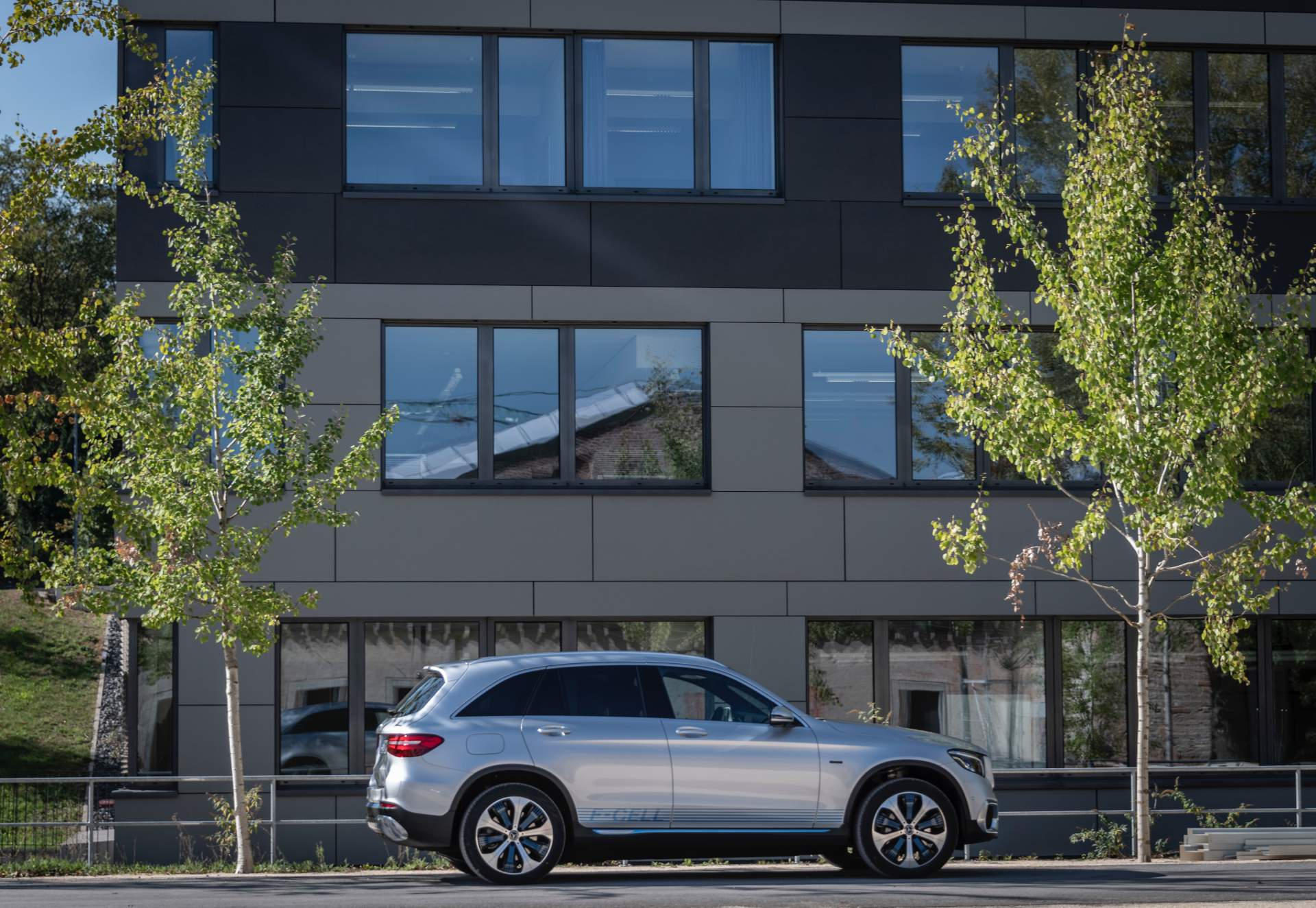 2019_Mercedes_GLC_F-Cell_0074