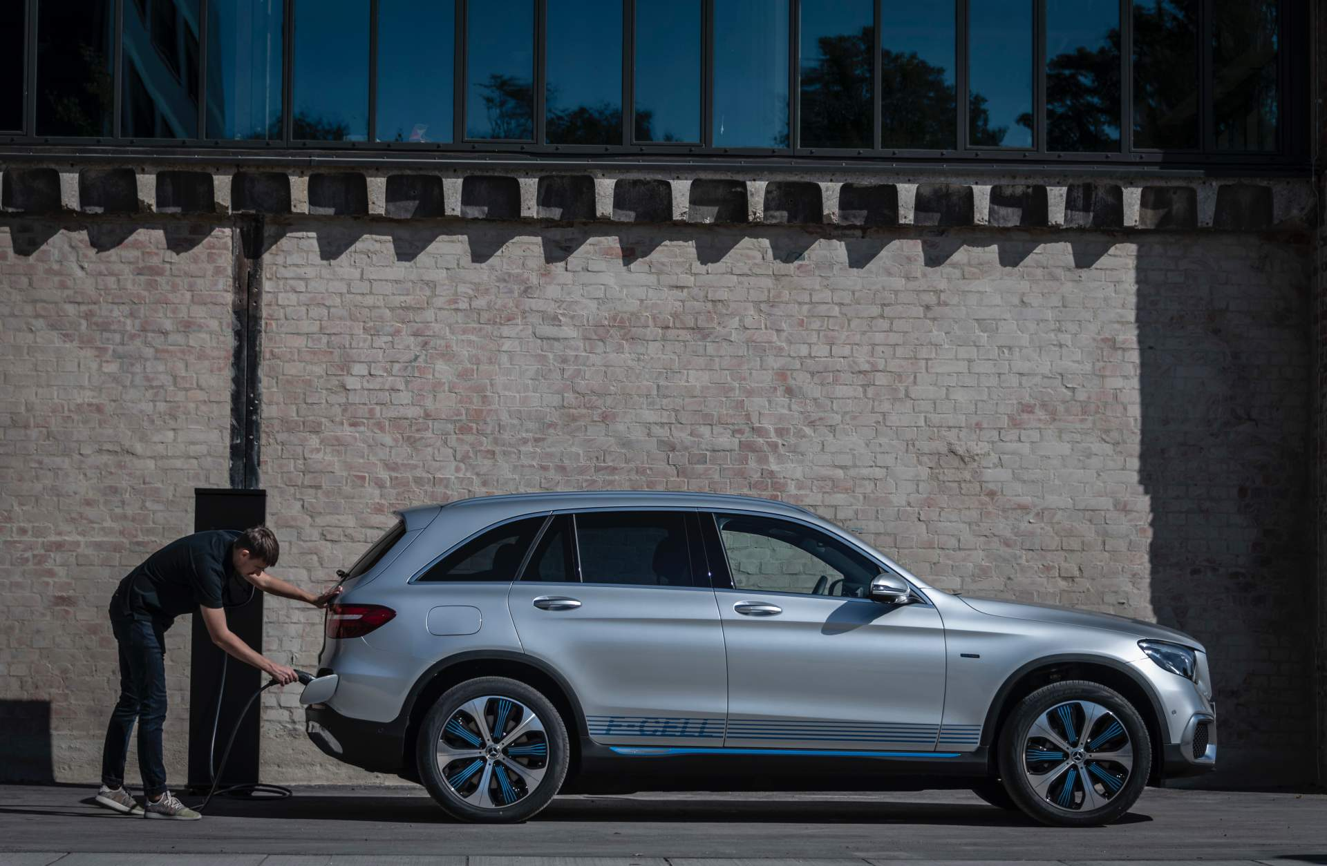 2019_Mercedes_GLC_F-Cell_0079