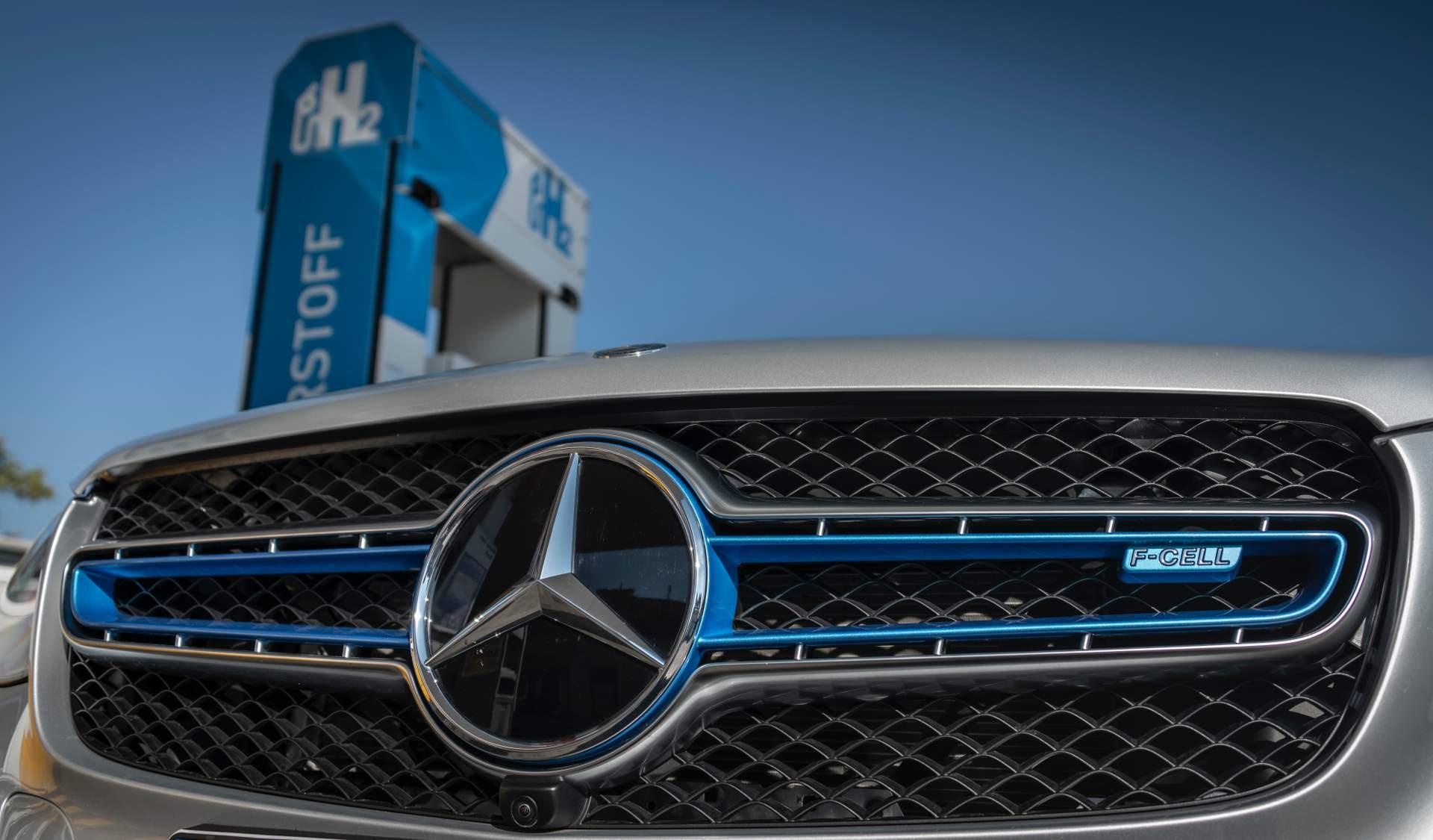 2019_Mercedes_GLC_F-Cell_0084