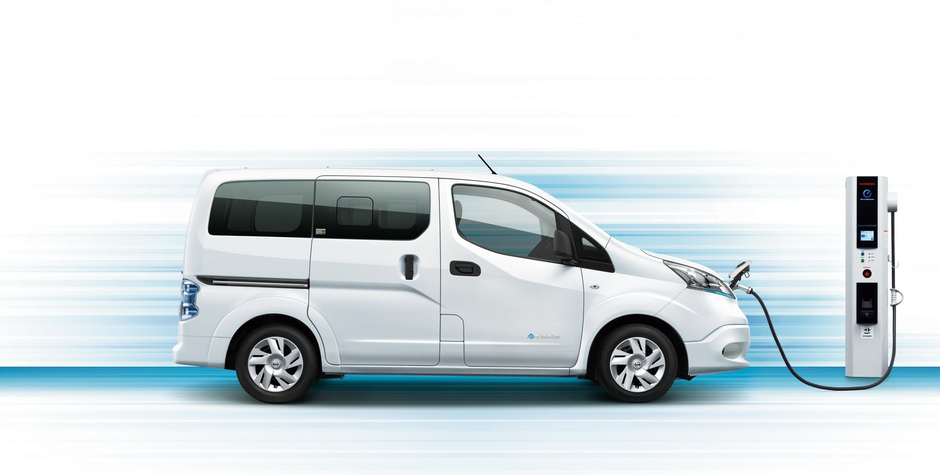 2019_Nissan_e-NV200_0001
