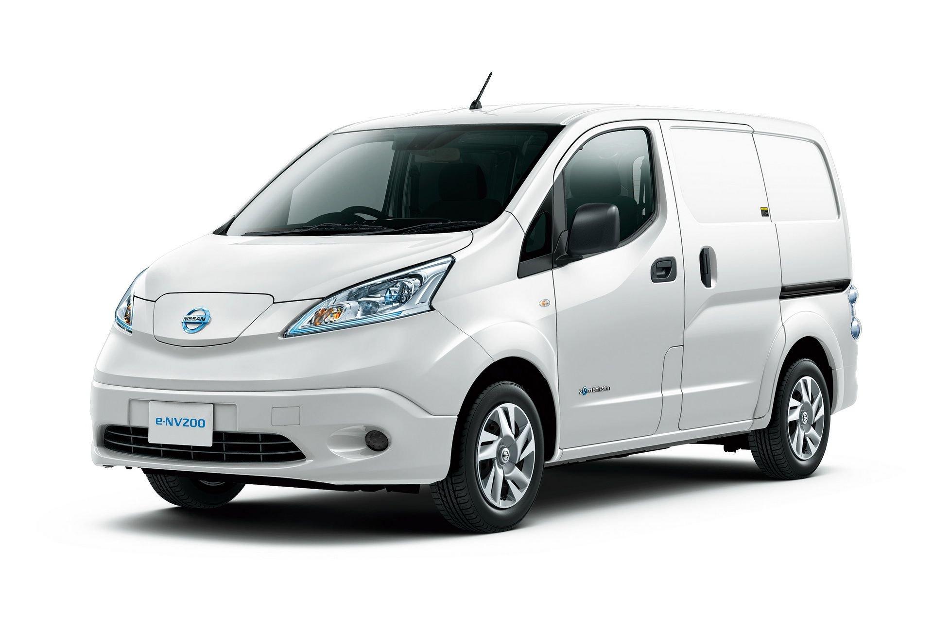 2019_Nissan_e-NV200_0011