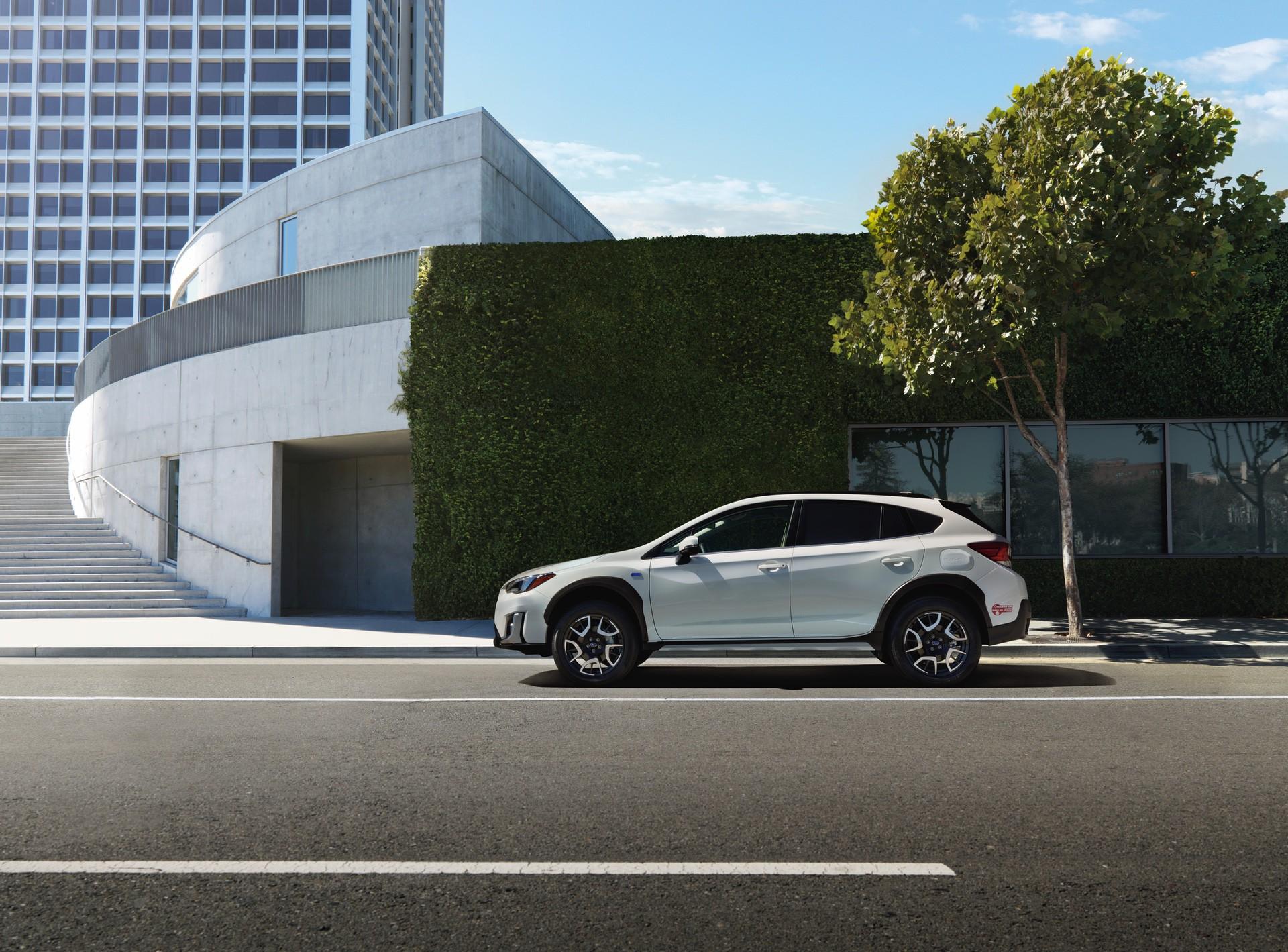 2019_Subaru_XV_Hybrid_0015