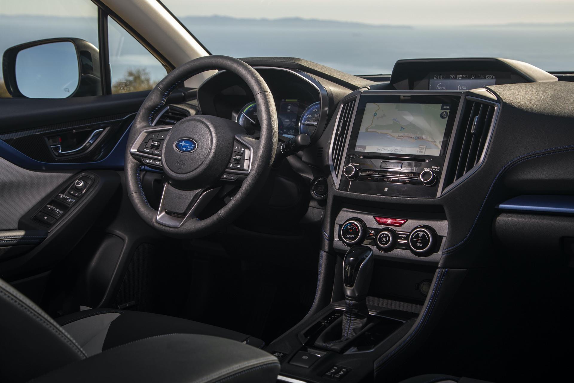 2019_Subaru_XV_Hybrid_0034