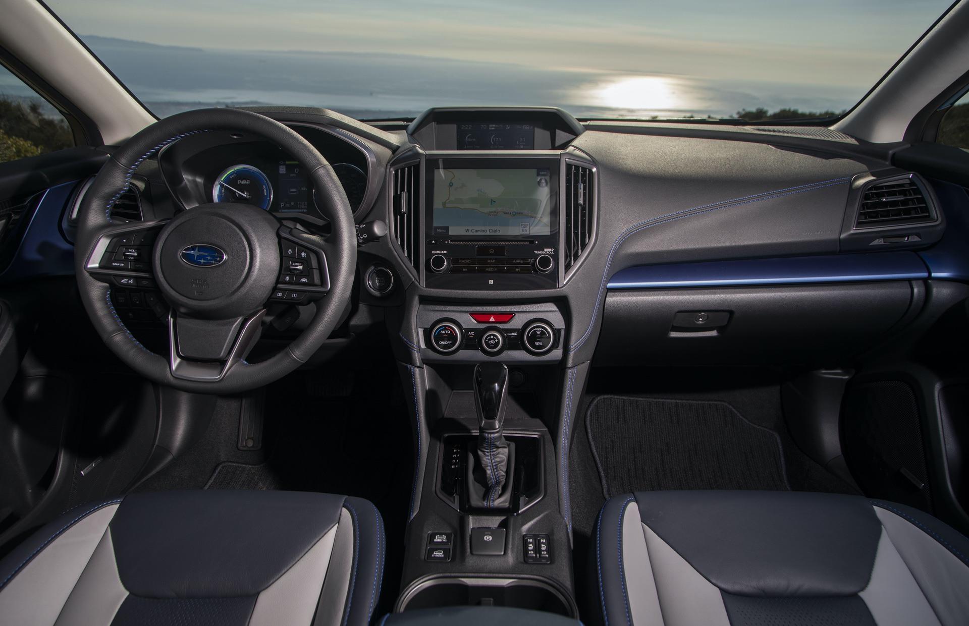 2019_Subaru_XV_Hybrid_0038
