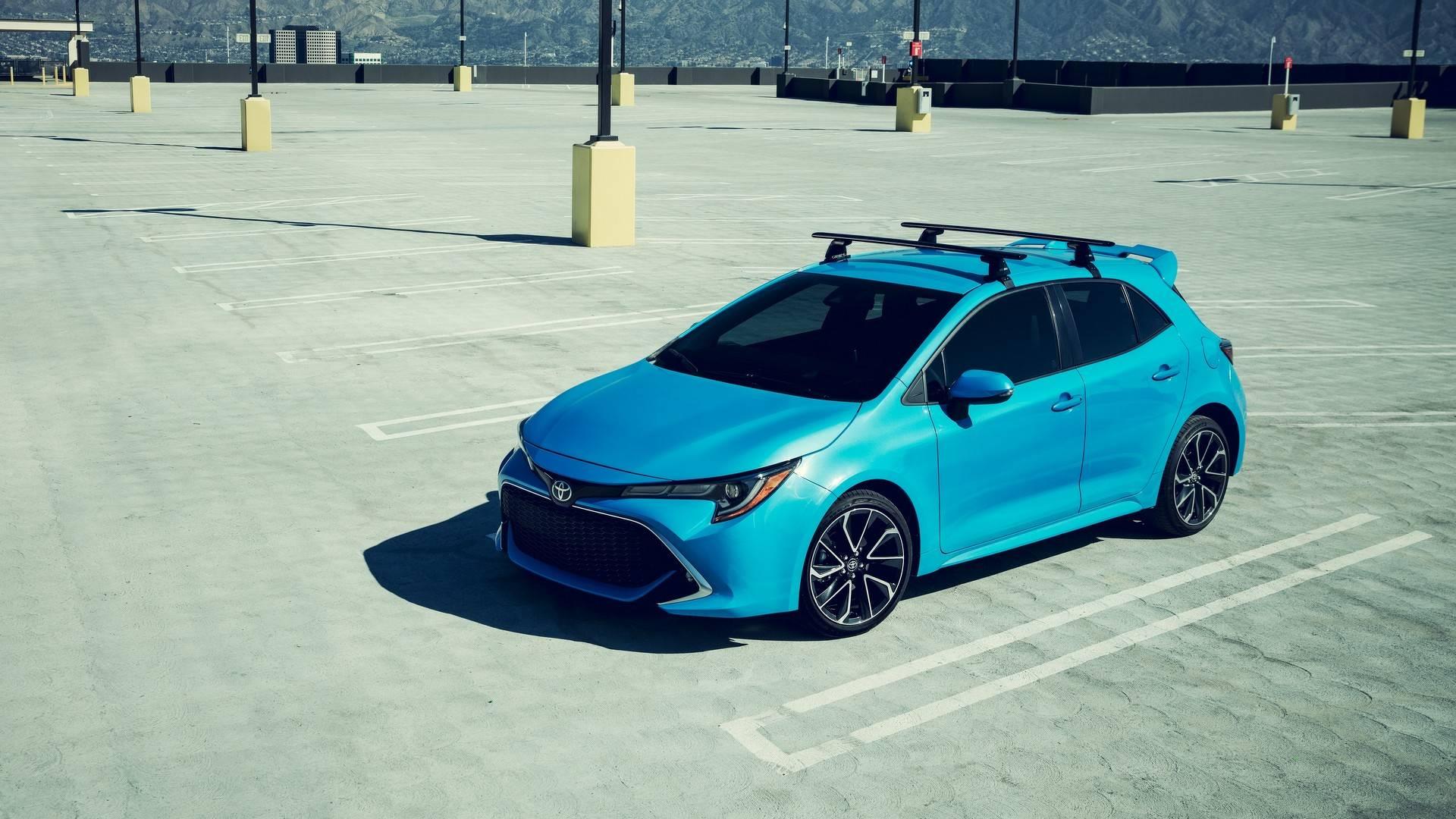 2019_Toyota_Corolla_Hatchback_0001
