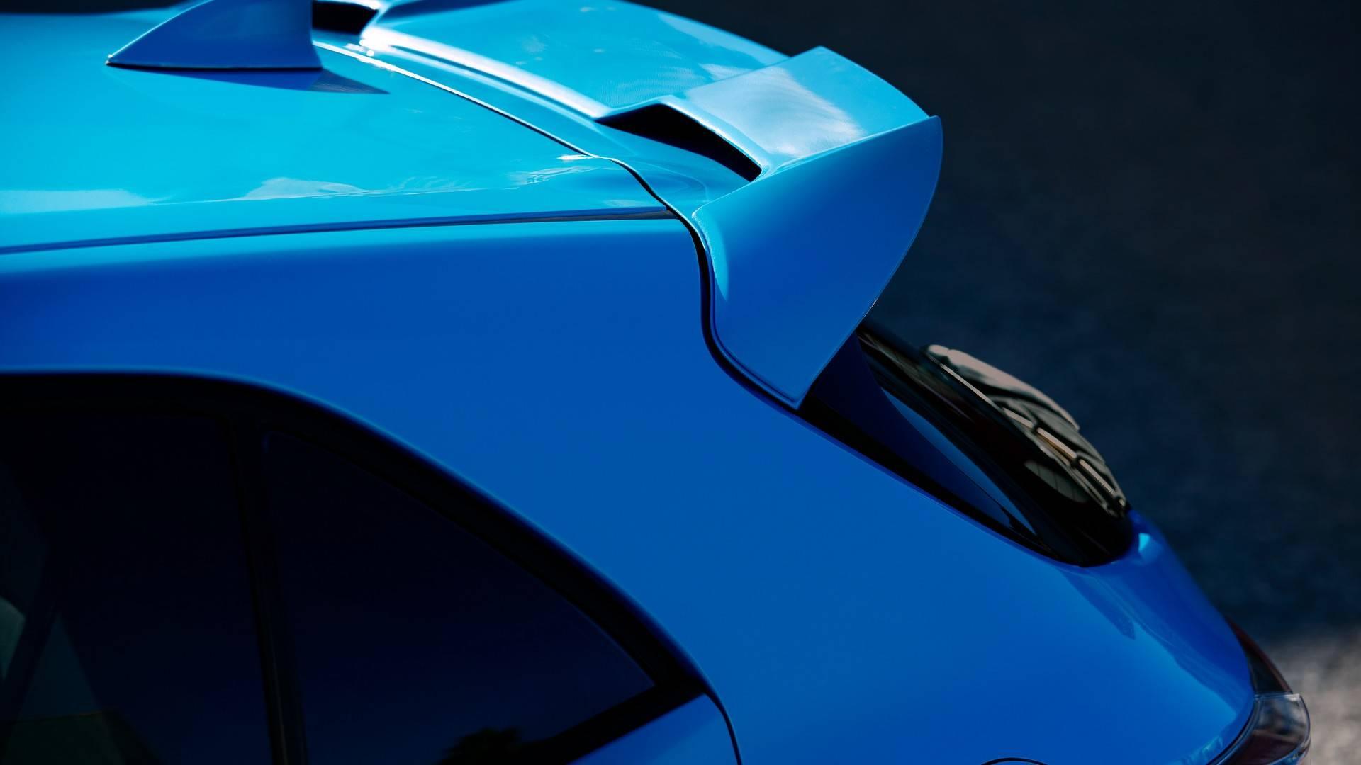 2019_Toyota_Corolla_Hatchback_0012