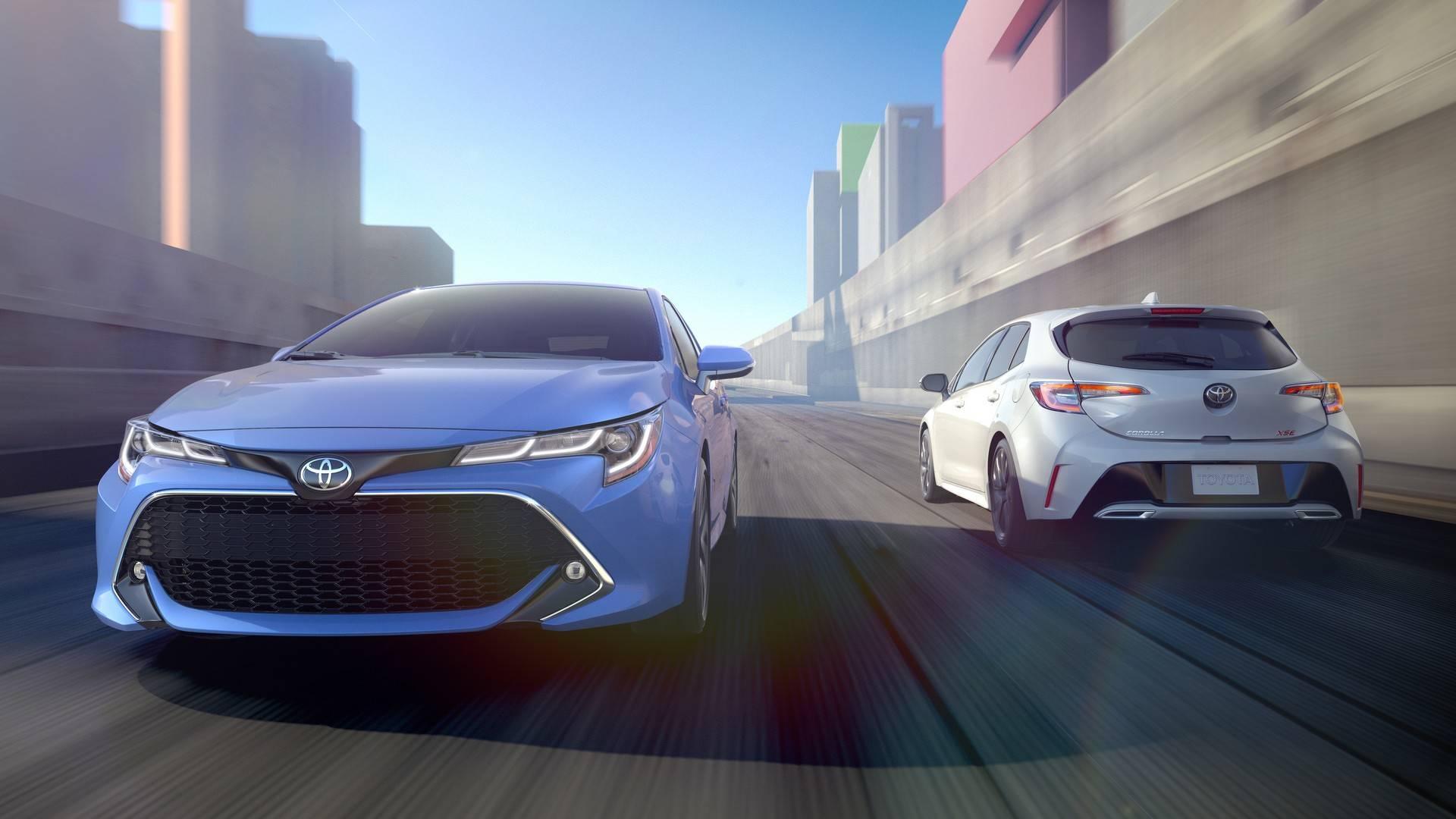 2019_Toyota_Corolla_Hatchback_0014