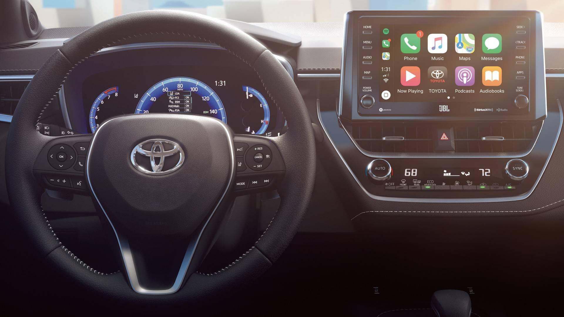 2019_Toyota_Corolla_Hatchback_0018