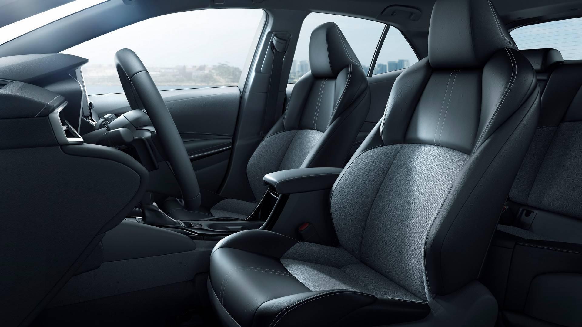2019_Toyota_Corolla_Hatchback_0020