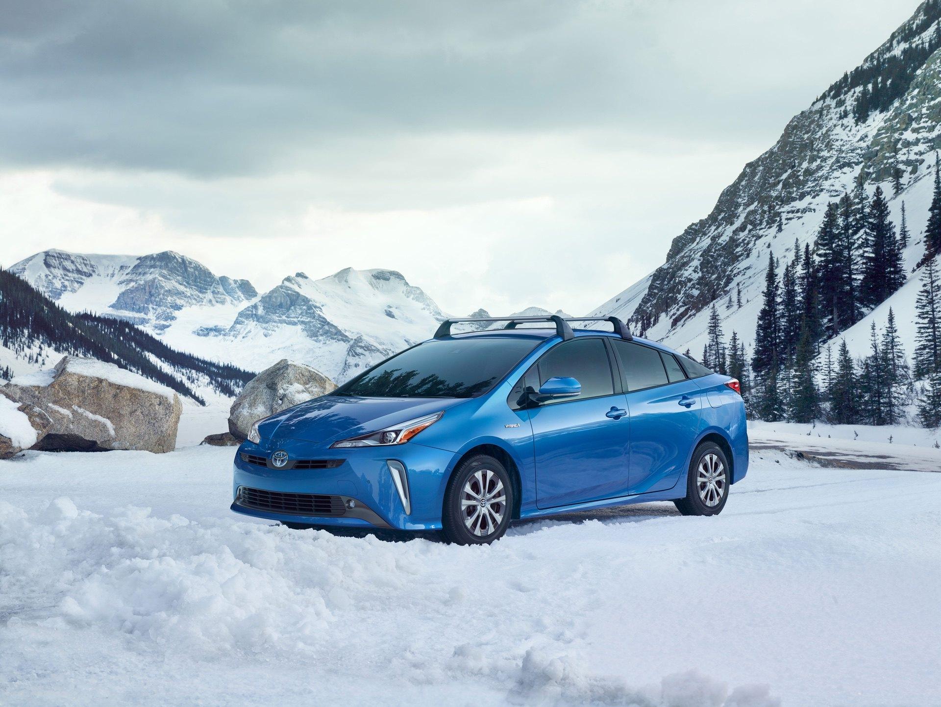 2019_Toyota_Prius_facelift0004