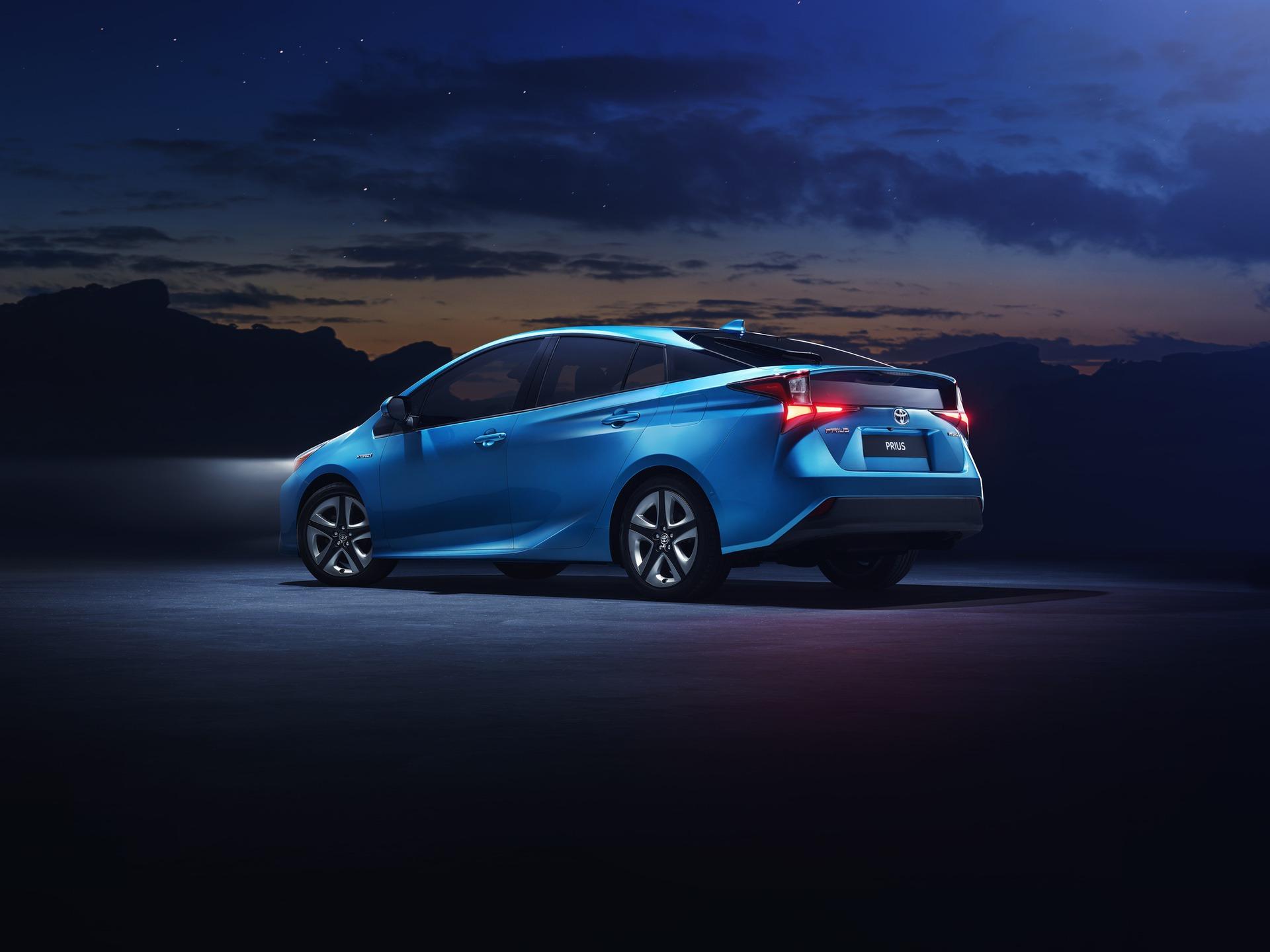 2019_Toyota_Prius_facelift_0001