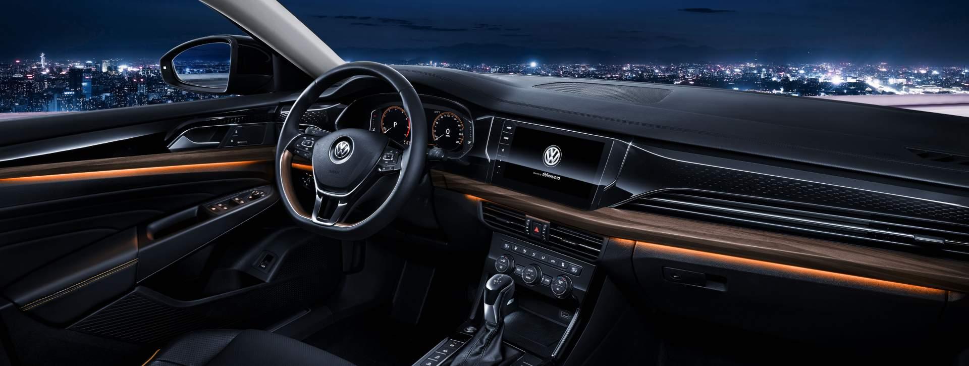 2019_VW_Passat_NMS_0014
