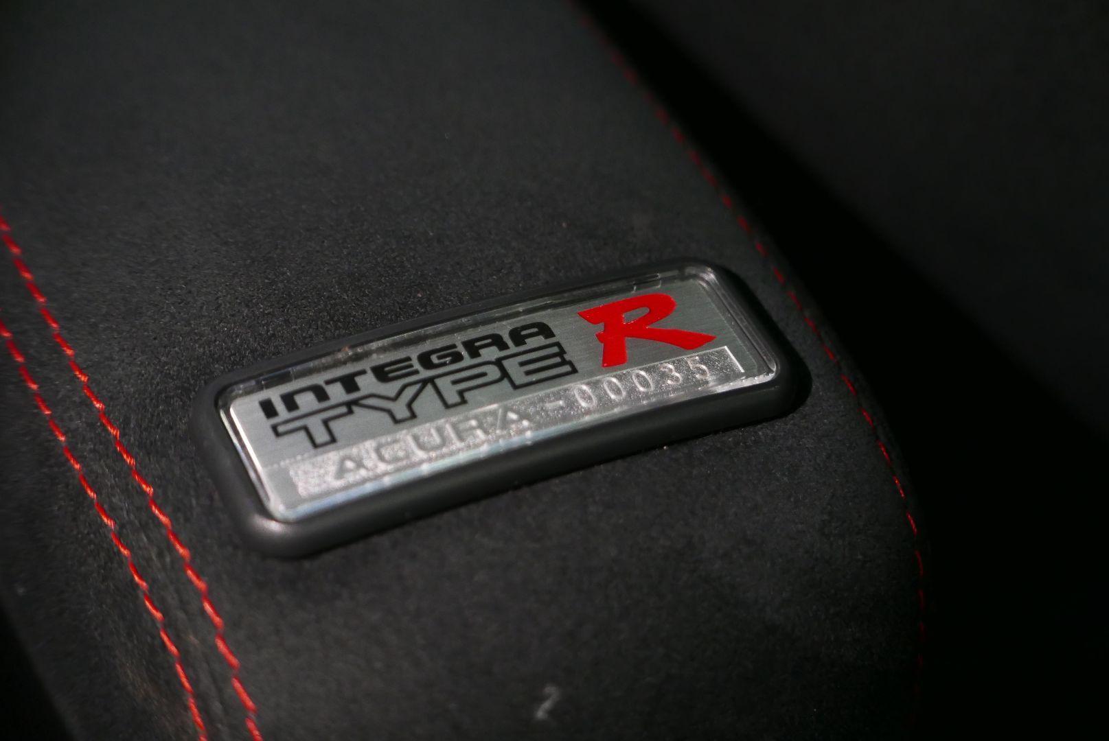 1997-Honda-Integra-Type-R-27