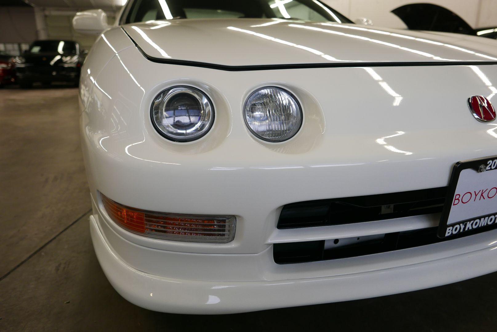 1997-Honda-Integra-Type-R-4