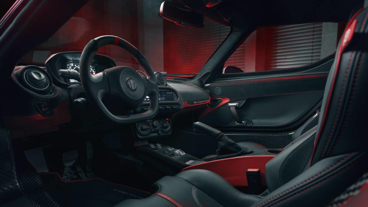 Alfa-Romeo-4C-Pogea-Racing-4