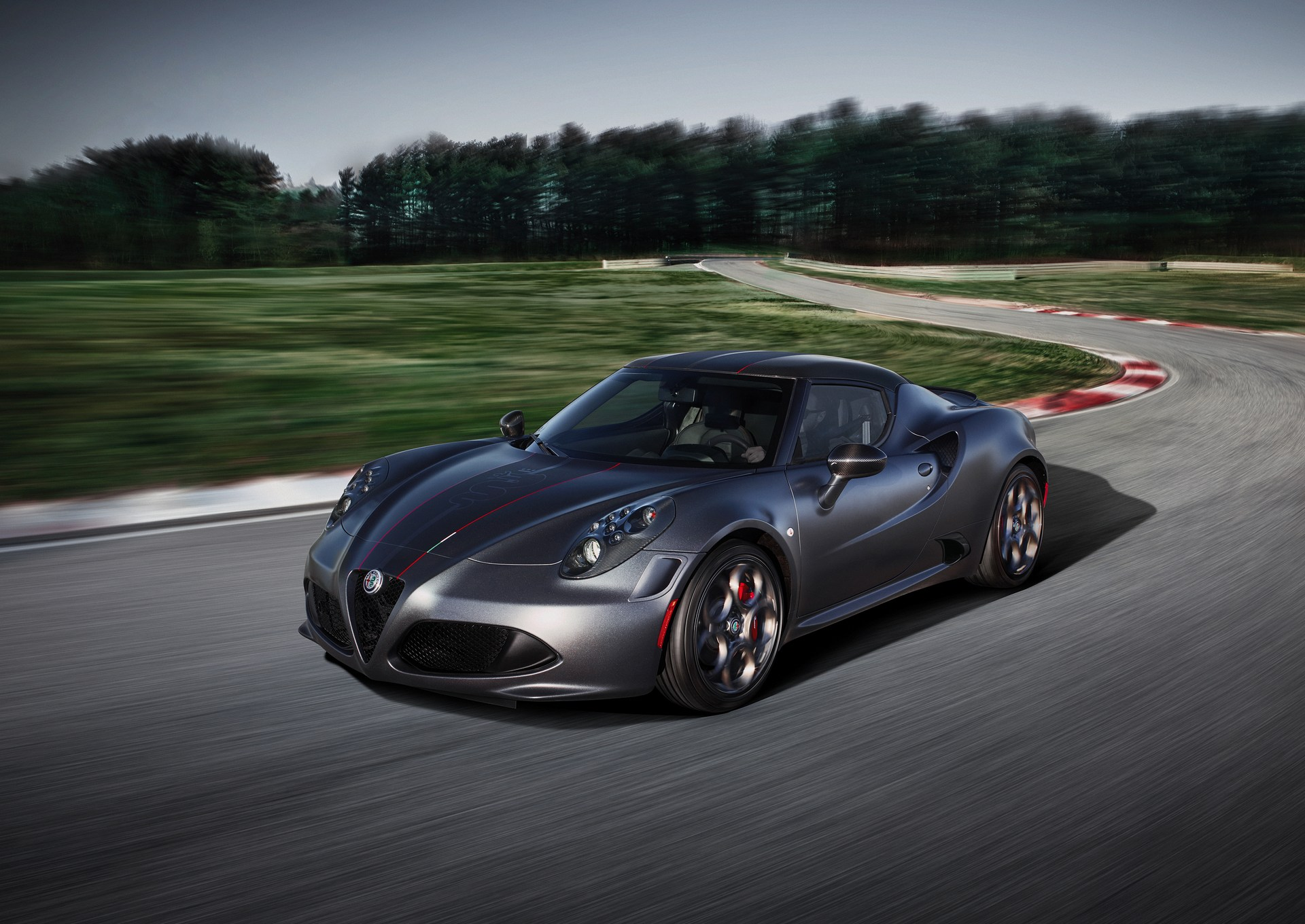 Alfa_Romeo_Geneva_0010