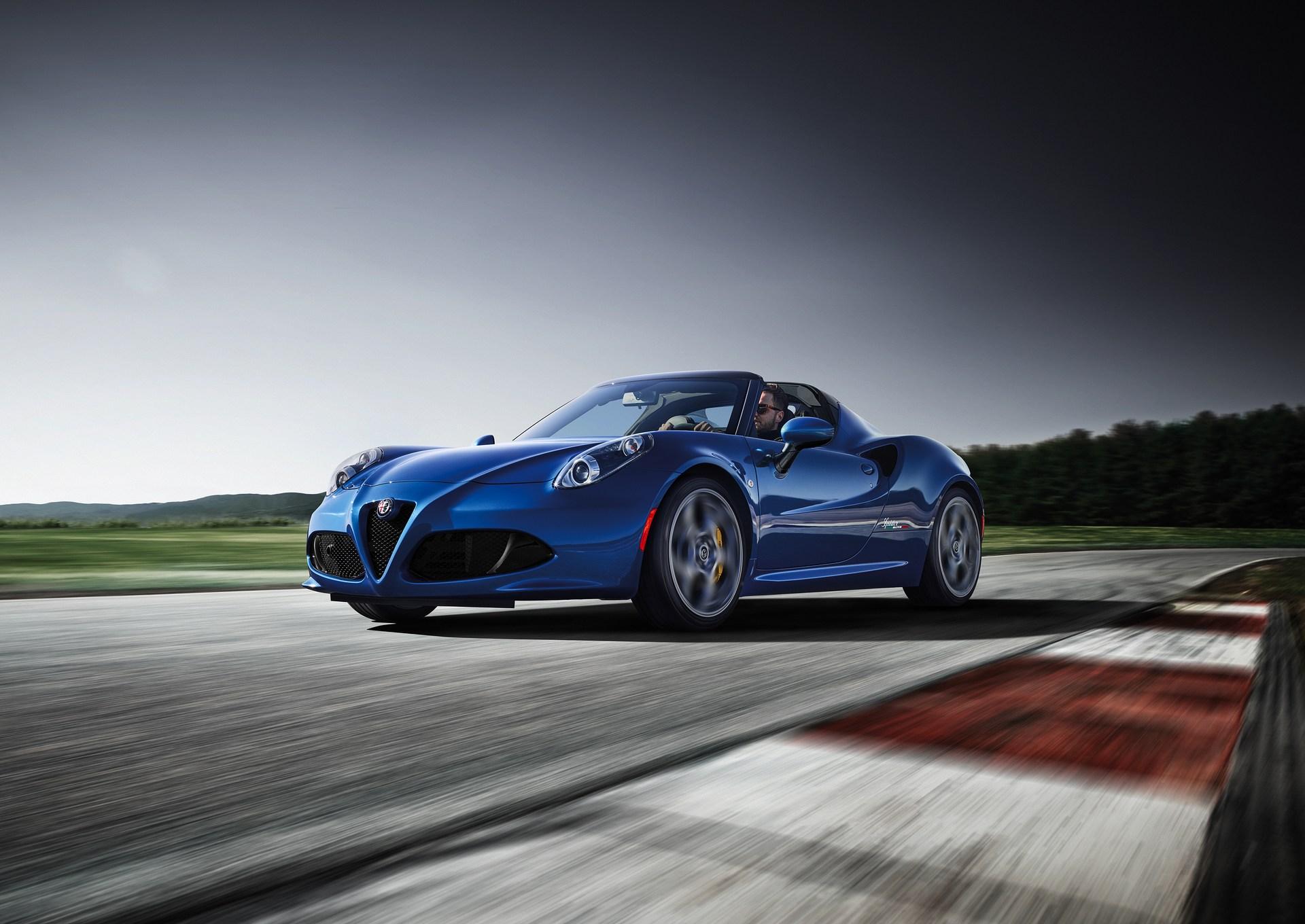 Alfa_Romeo_Geneva_0014