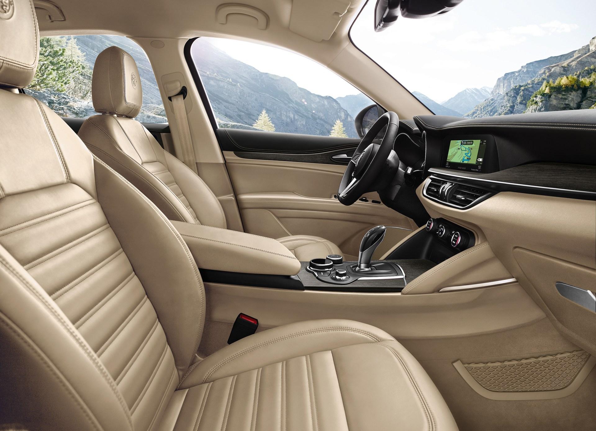 Alfa_Romeo_Geneva_0020