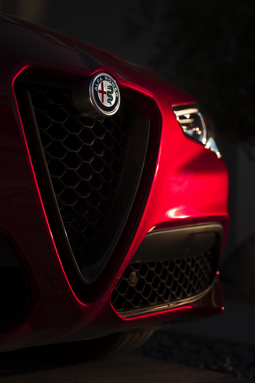 Alfa Romeo Giulia And Stelvio Nero Edizione (21)