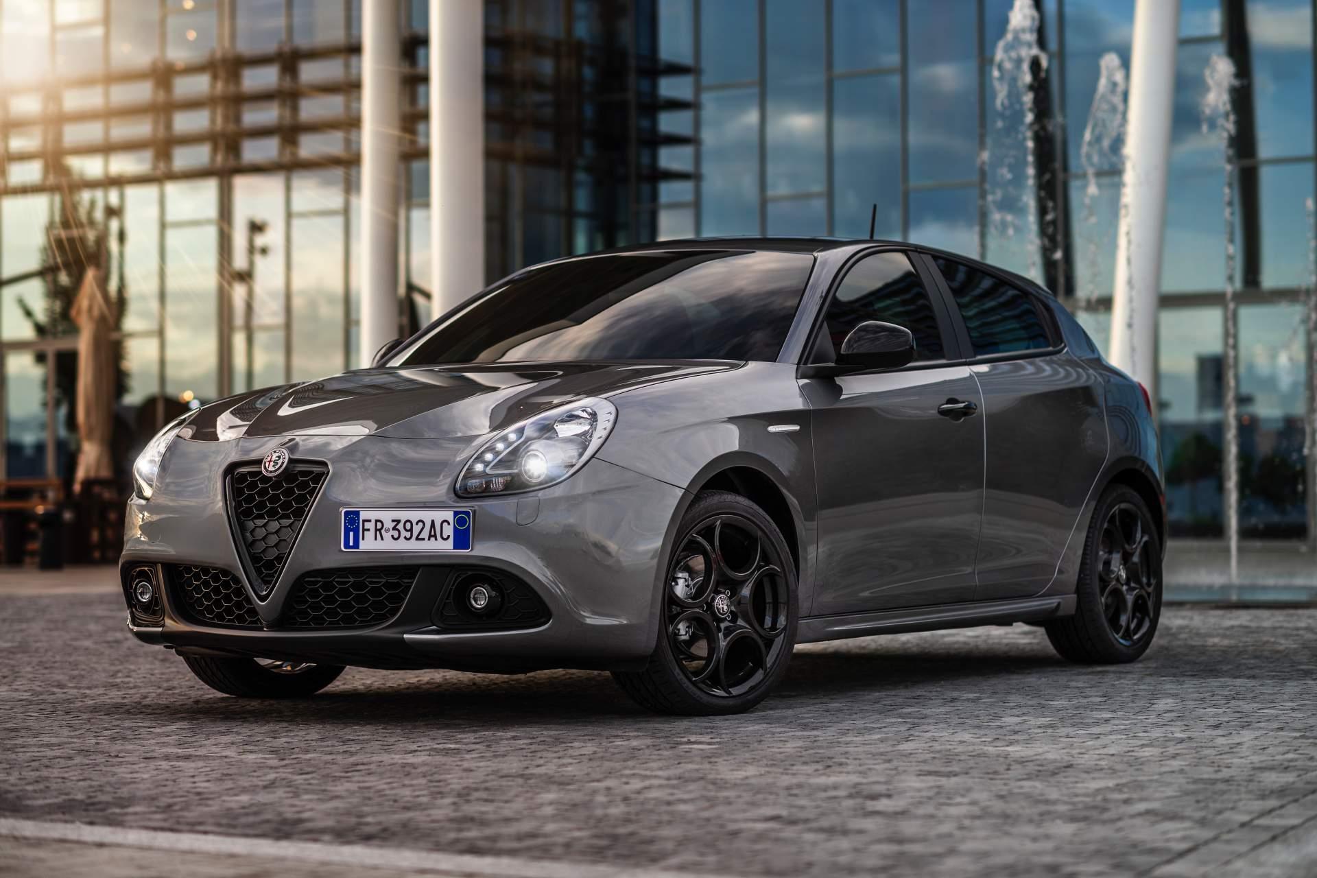 Alfa Romeo Stelvio Giulia and Giulietta B-Tech Editions (5)