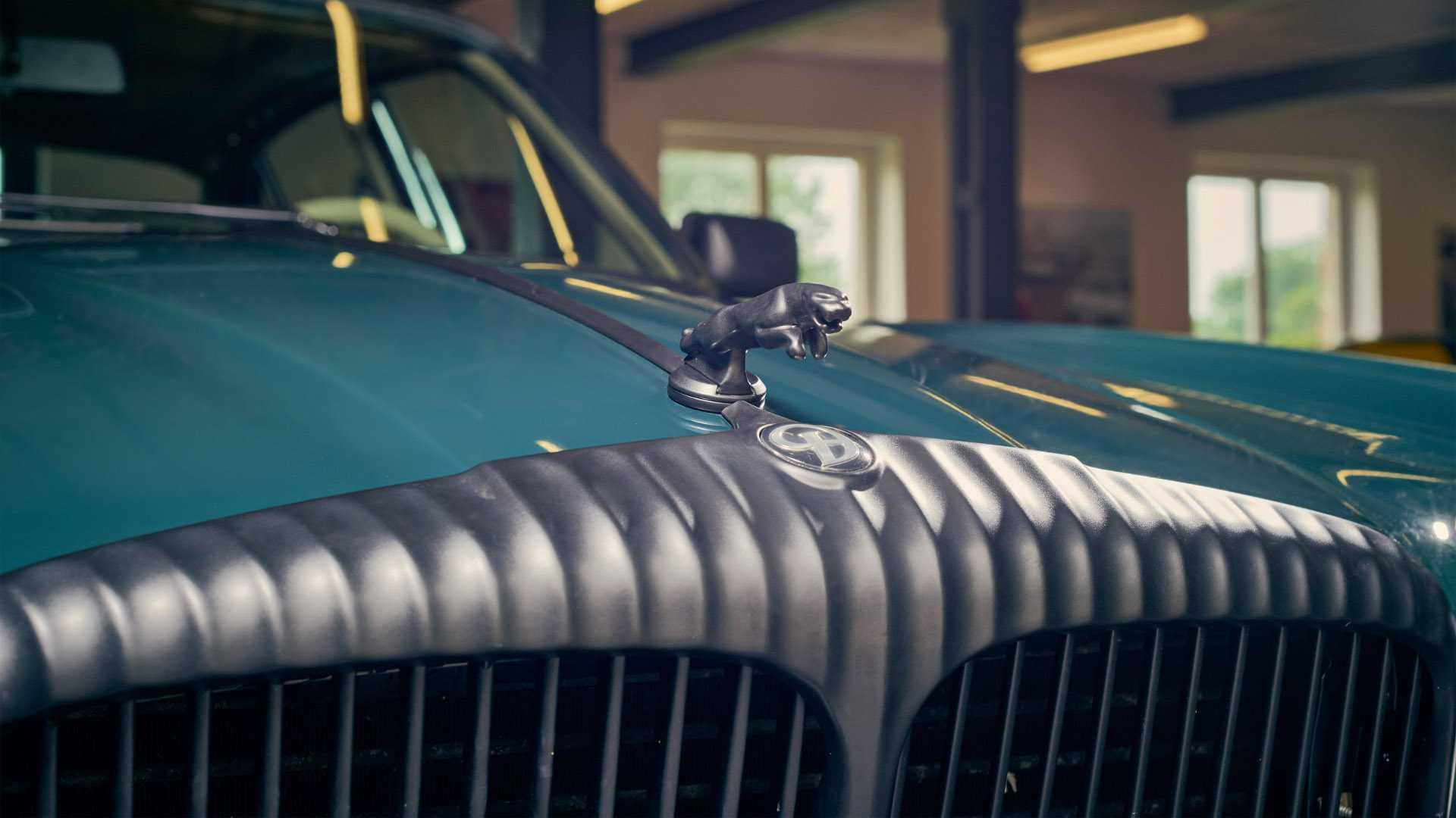 Arden_AJ_4_Jaguar_XJ12_0006