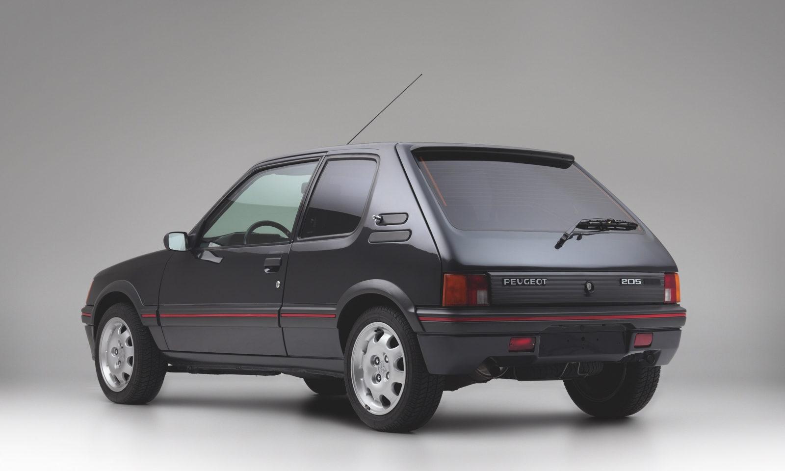 Armored_1990_Peugeot_205_GTI_0009